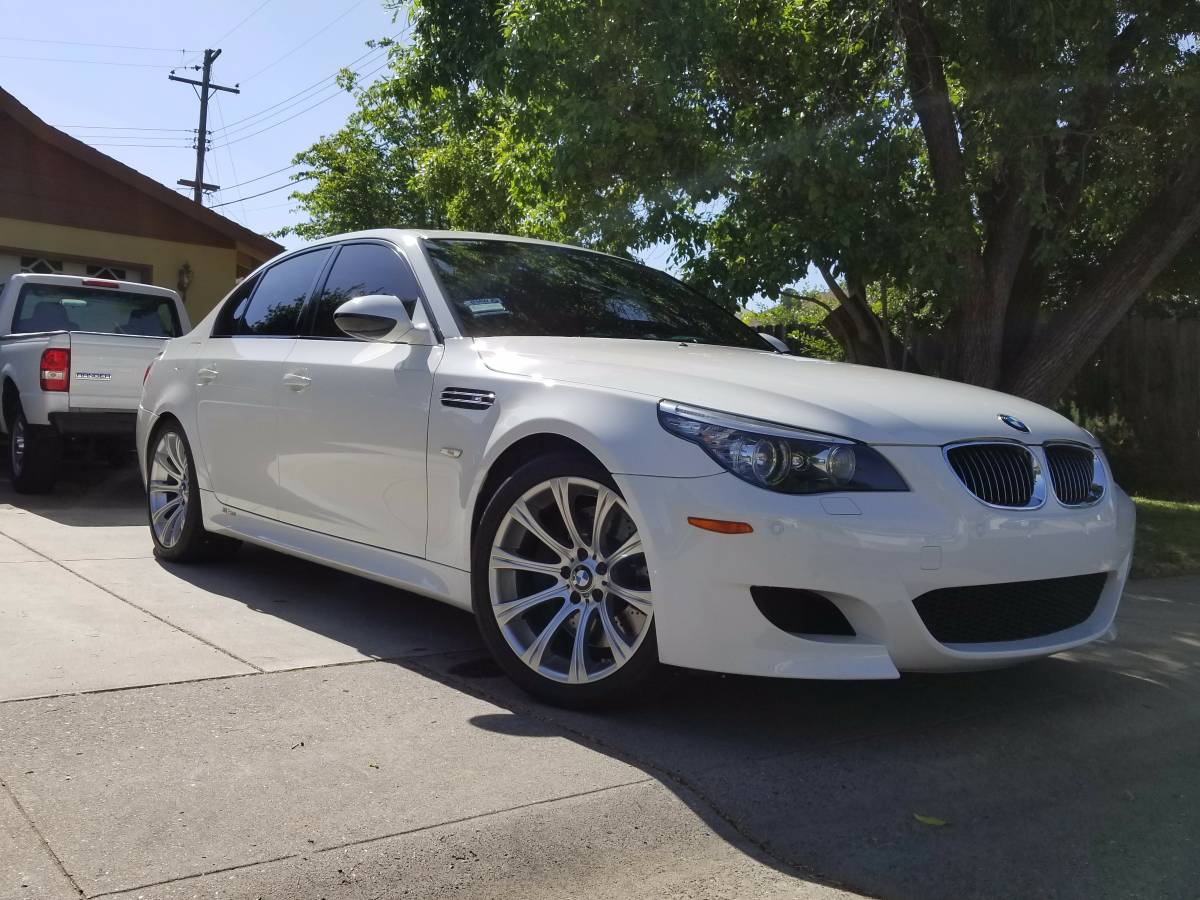 E60 0310 For Sale 2010 bmw m5 smg  BMW M5 Forum and M6 Forums