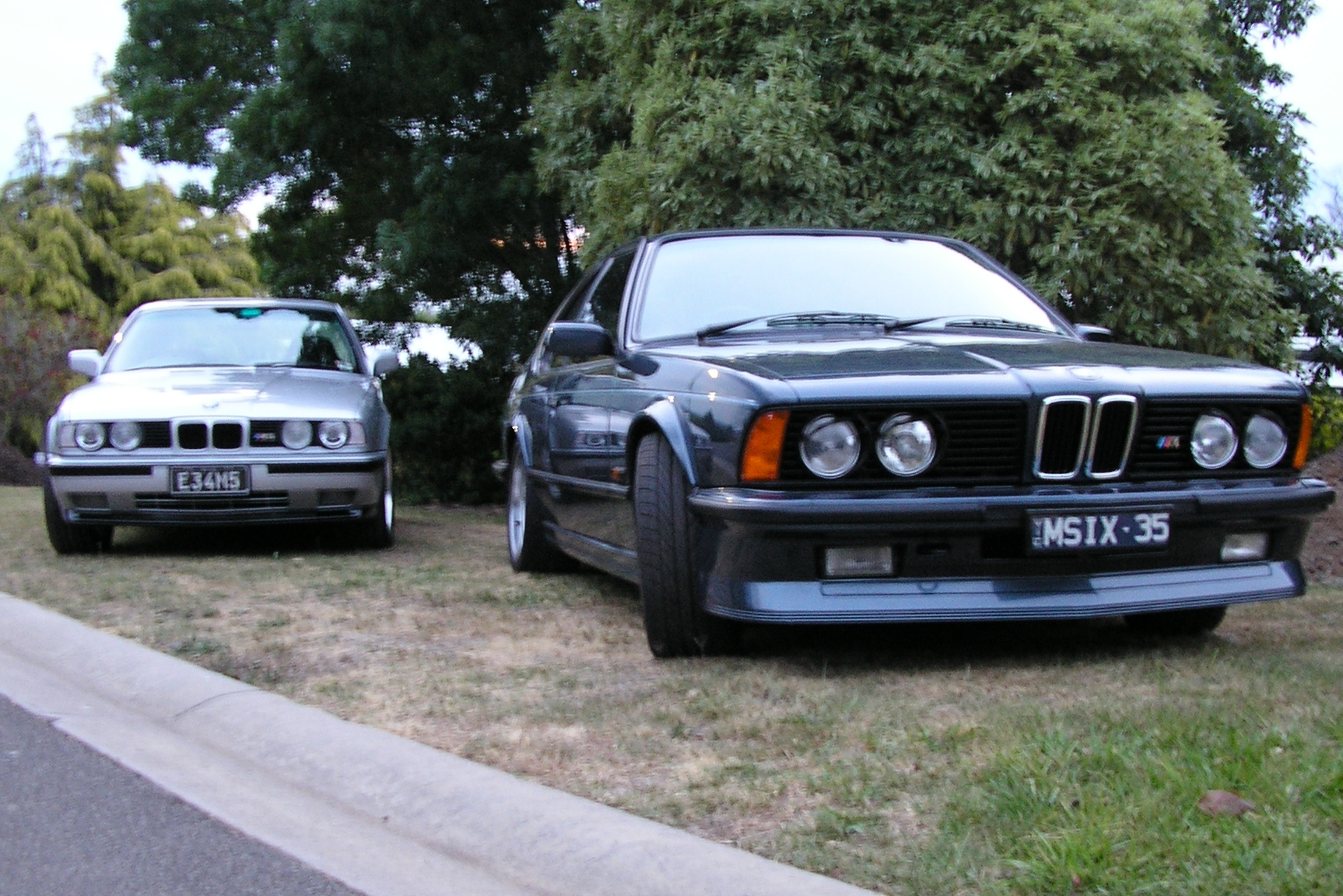 Who are you?-071202-both-cars.jpg