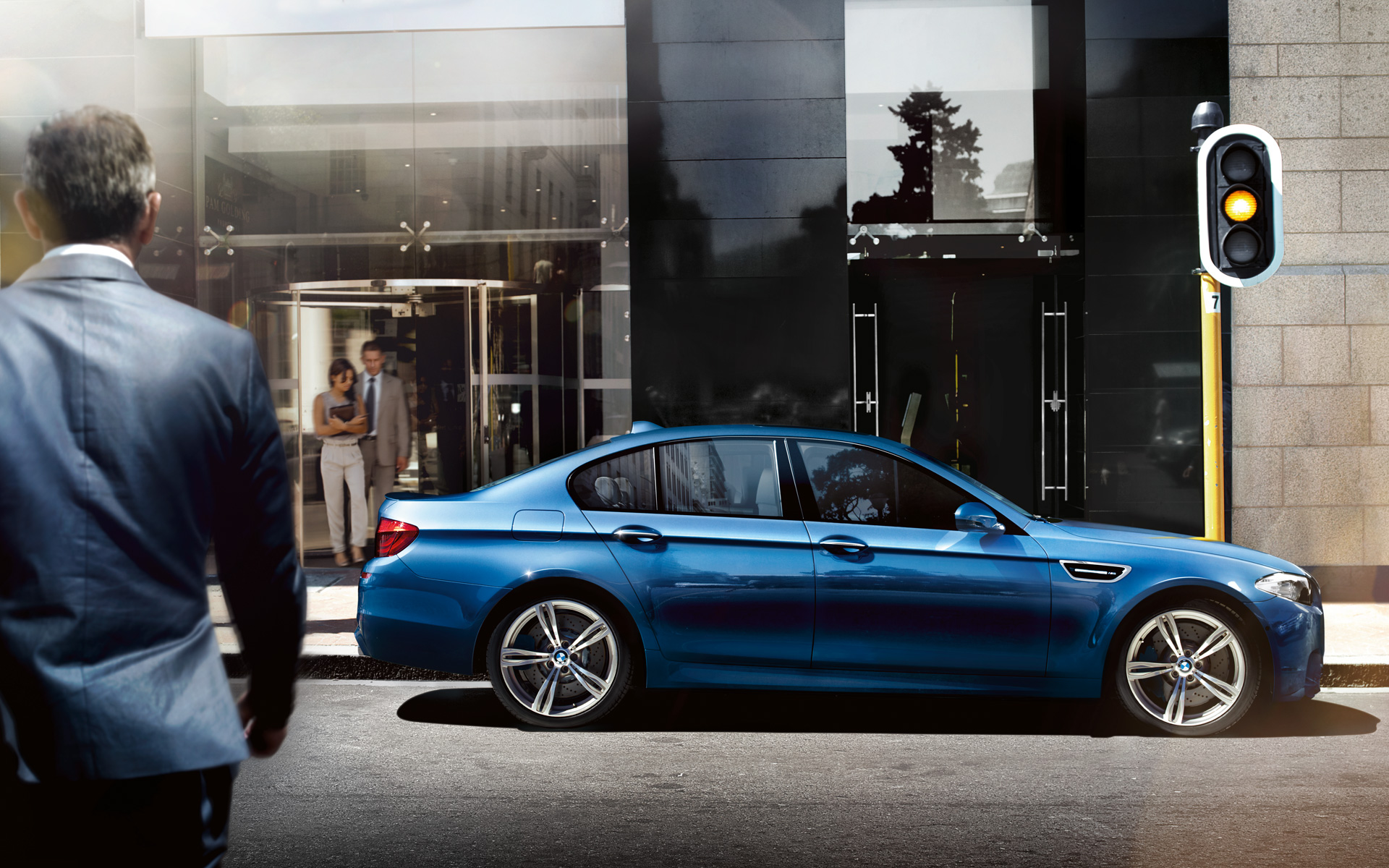 OFFICIAL BMW M5 Production pics high resolution!-09_1920x1200_bmw_f10m.jpg