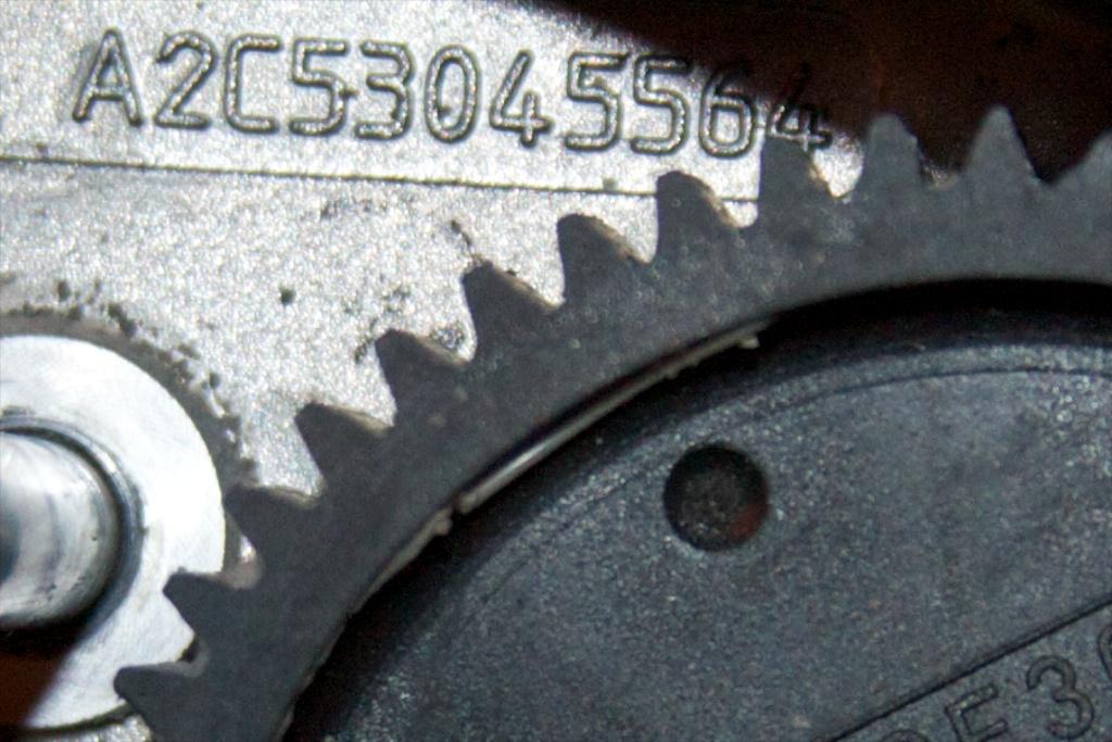 ///Teardown!\\ S85 Throttle Actuator-15-second-reduction-spur-good-teeth.jpg
