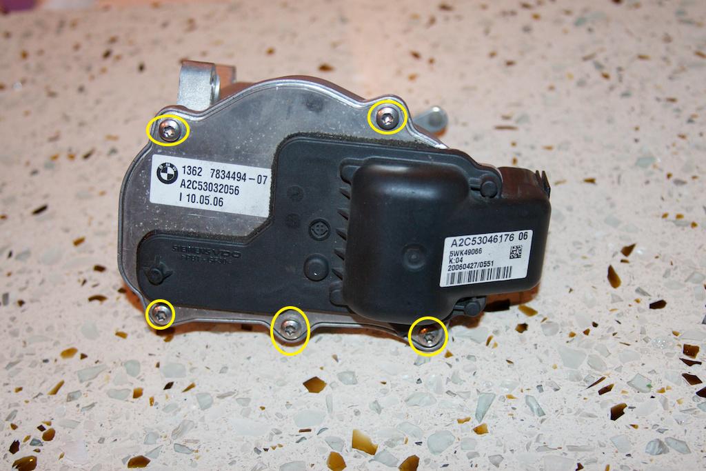 ///Teardown!\\ S85 Throttle Actuator-2-back-side.jpg