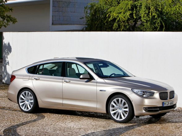 Name:  2010-bmw-5-series-gran-turismo-front-side-588x441.jpg