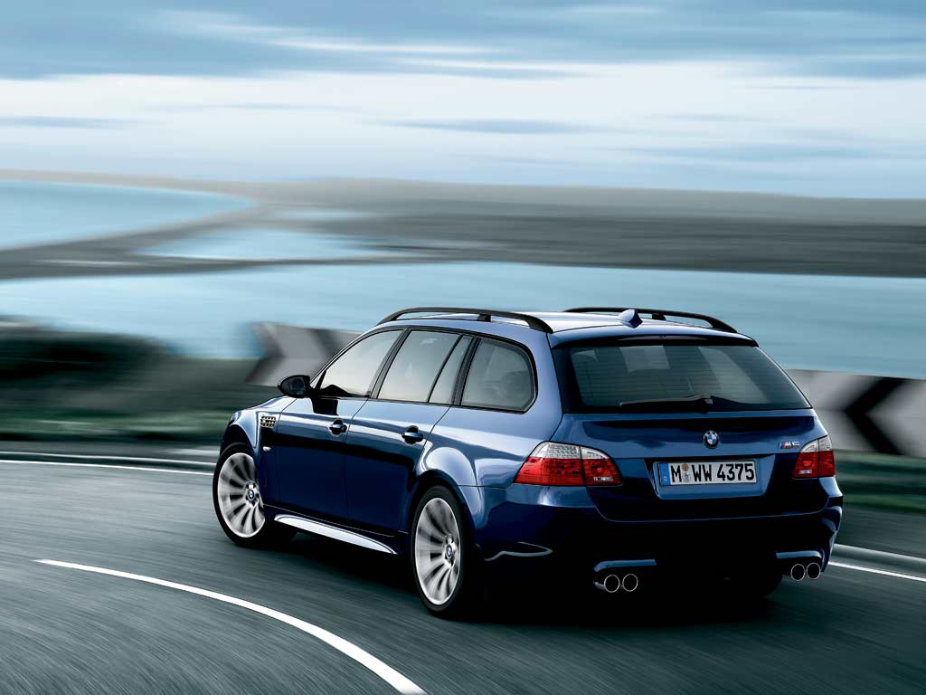 Official: BMW M5 Touring + facelift for the 5-series [New pics 16/3]-bmw_uk_1.jpg