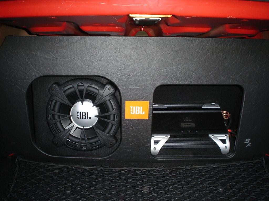M5 Custom Audio Installation - Superb!-boot-1.jpg