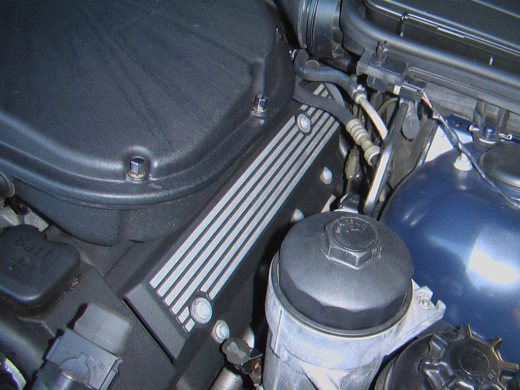 Tips for changing spark plugs on E39 M5-cover_web.jpg
