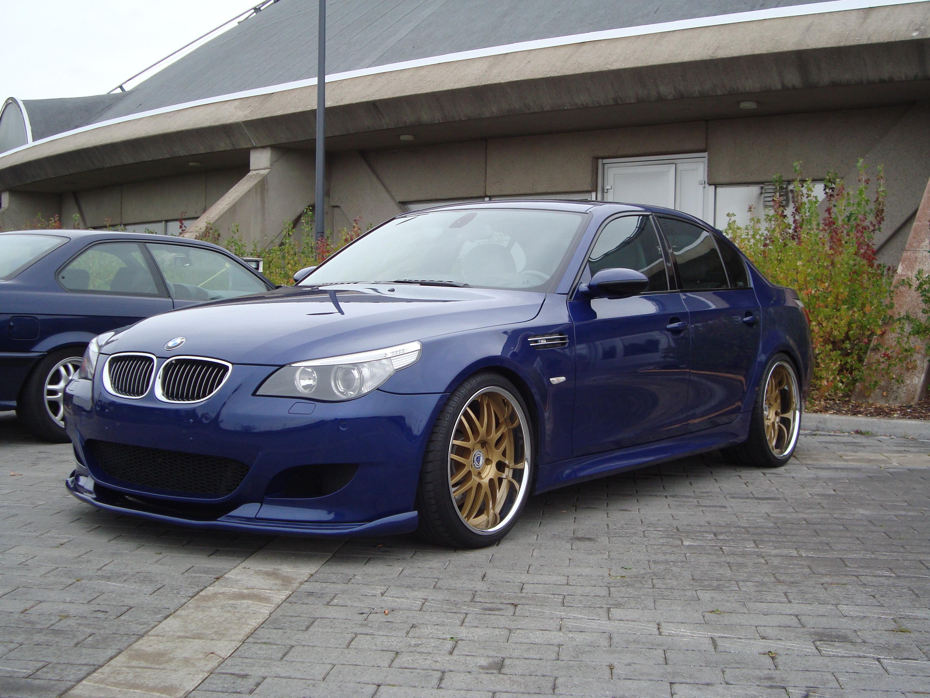 Interlagos blue M5 E60 with new wheels - BMW M5 Forum and ...