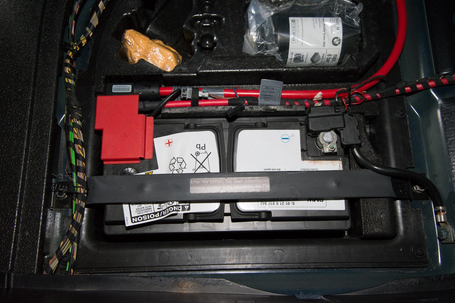 2008 E60 M5 Battery Replacement-dsc_7508.jpg