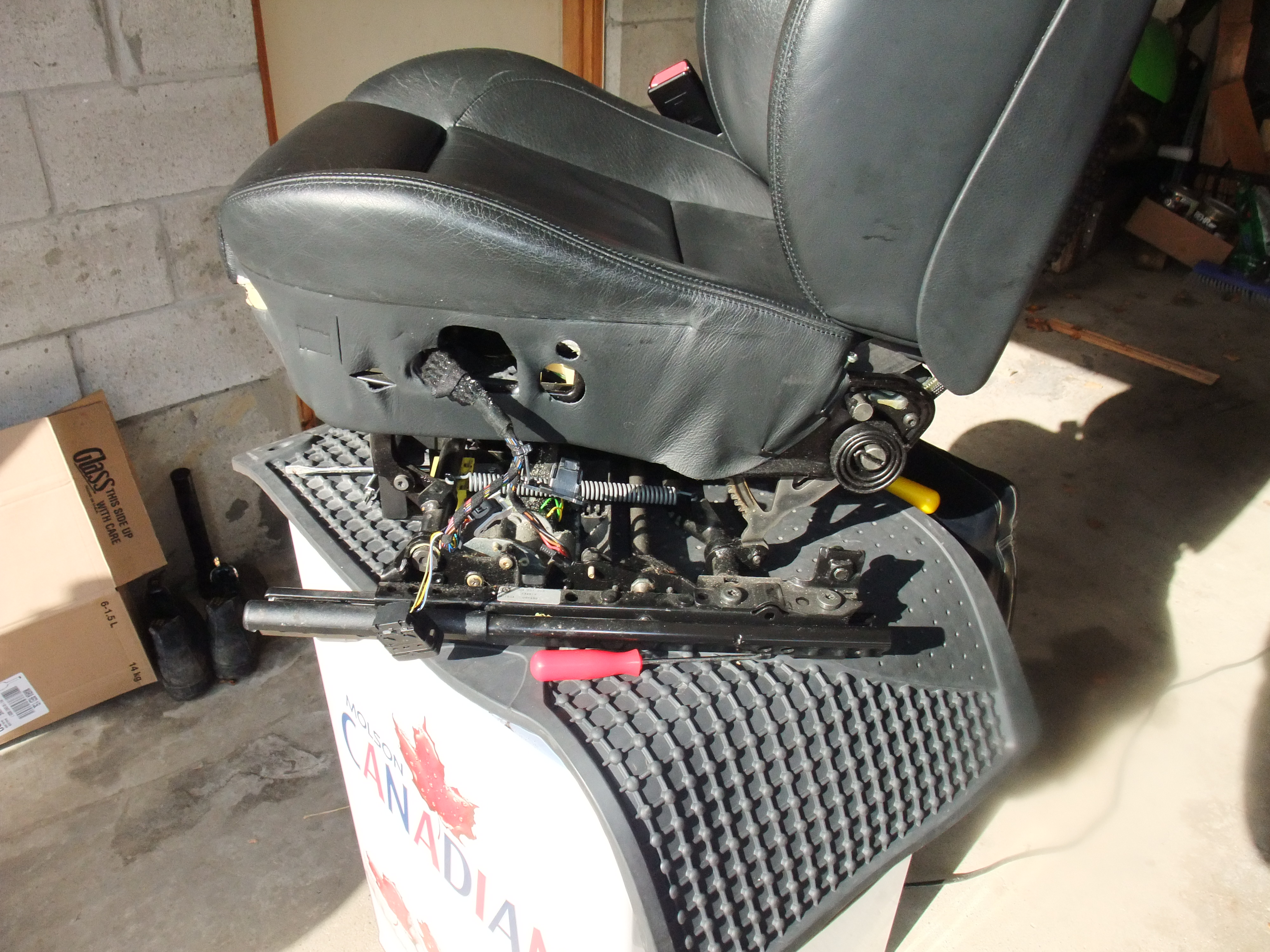 Heated Seat Repair - with pics-dscf3209.jpg