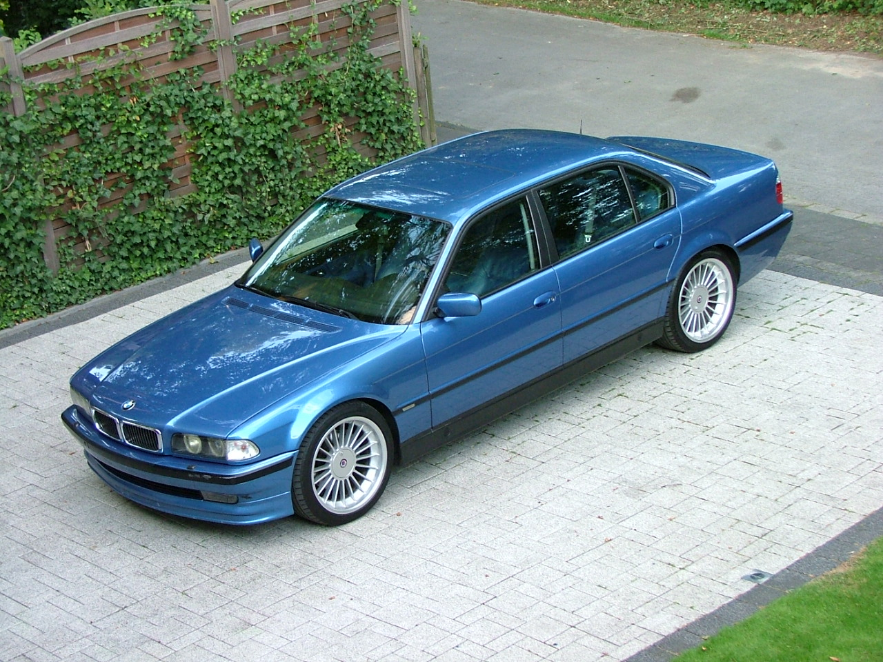 The 2nd Estoril Blue BMW Alpina B12 (5,7) for sale - BMW M5 Forum ...