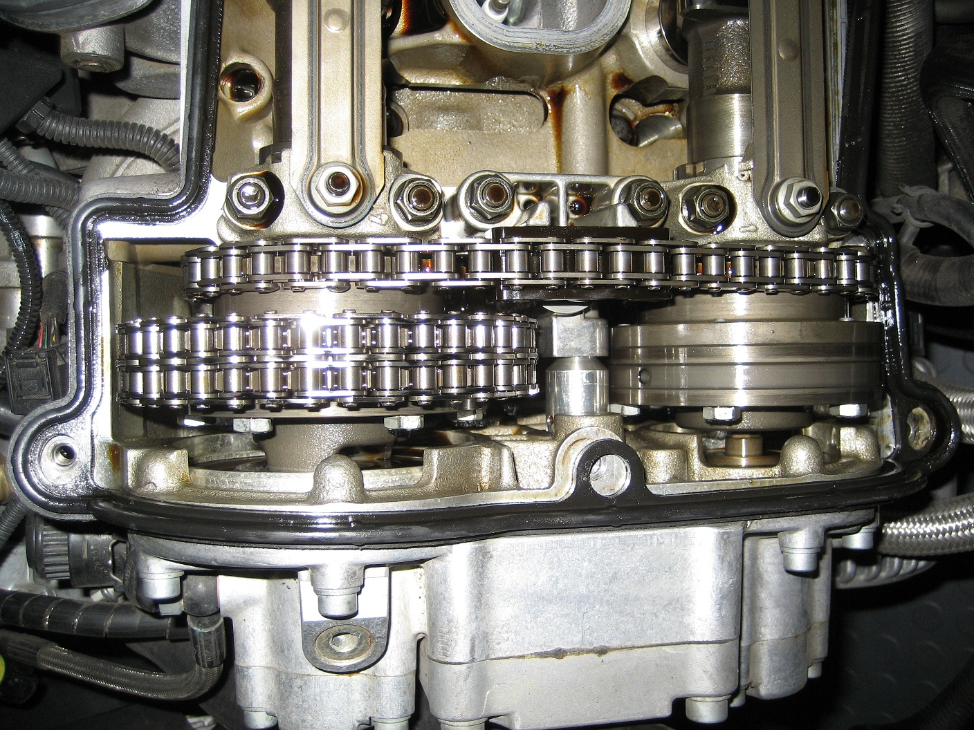 Engine making loud noise, what is it?-engine-002b.jpg