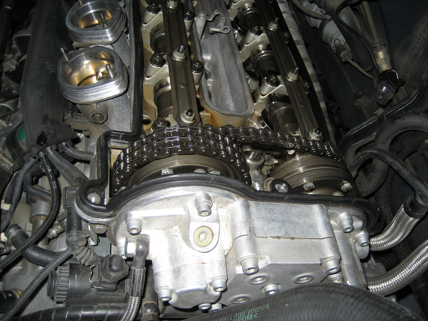 Engine making loud noise, what is it?-engine-003b.jpg