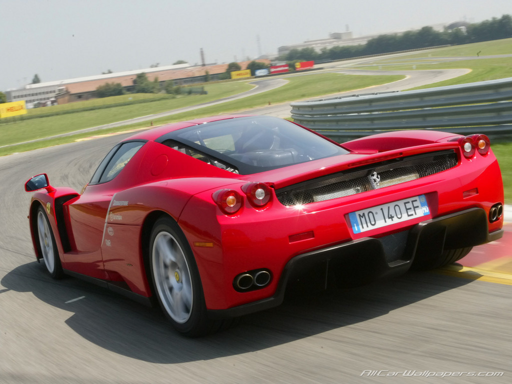 I need somebody to talk some sense into me!-ferrari-enzo-3498.jpg