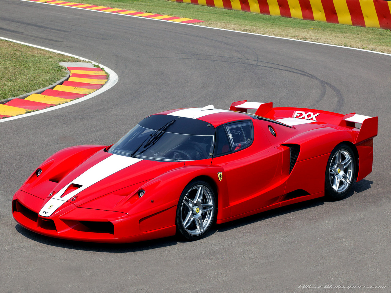 I need somebody to talk some sense into me!-ferrari-fxx-729.jpg