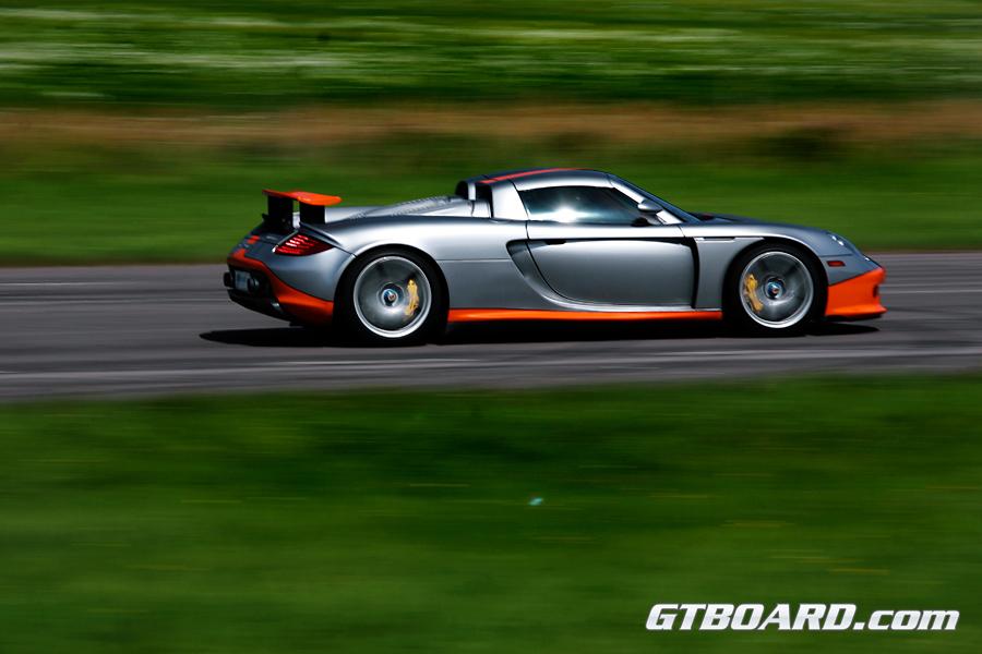 Hd Video Porsche Carrera Gt Vs Lamborghini Lp560 4