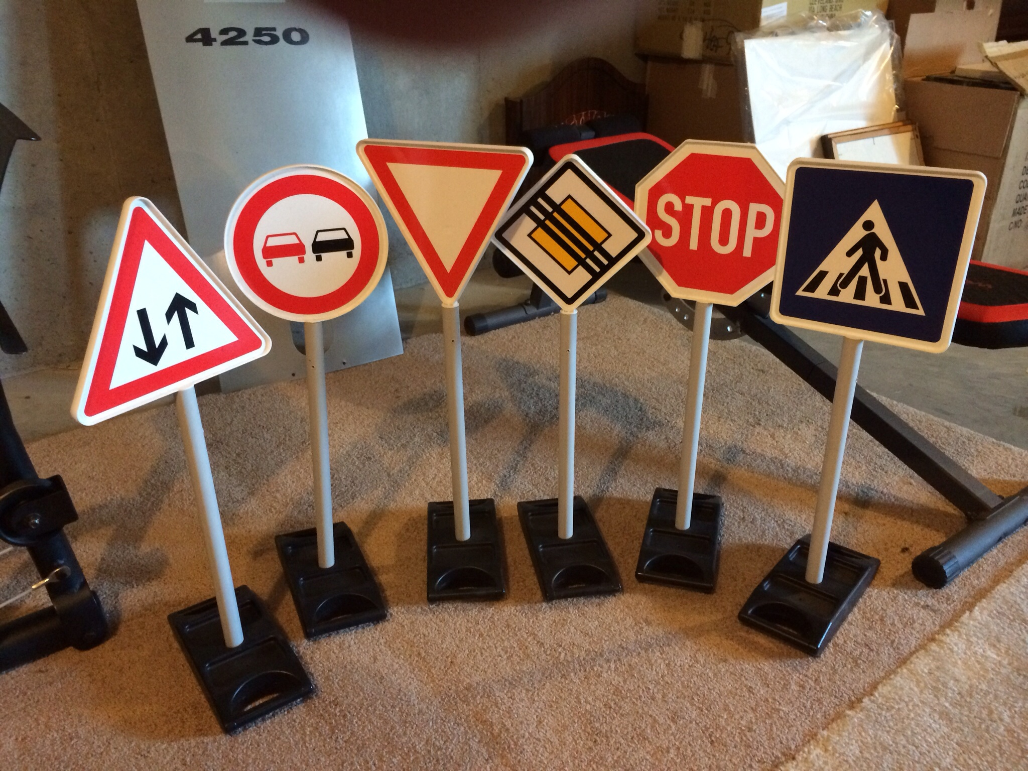 E For Sale Genuine BMW Toy Road Signs And Traffic Lights - Bmw signs for sale