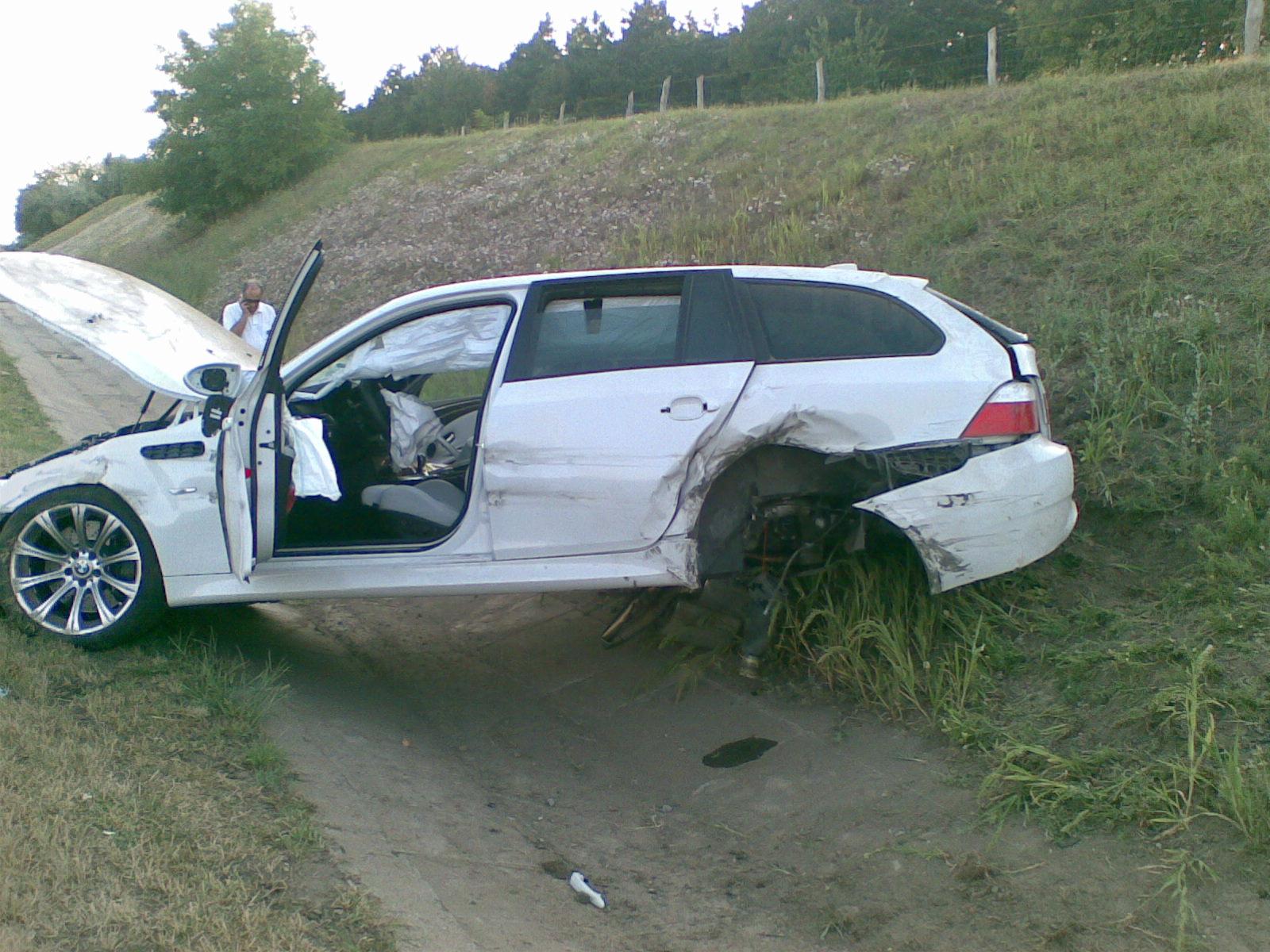 car accident: m5 car accidents