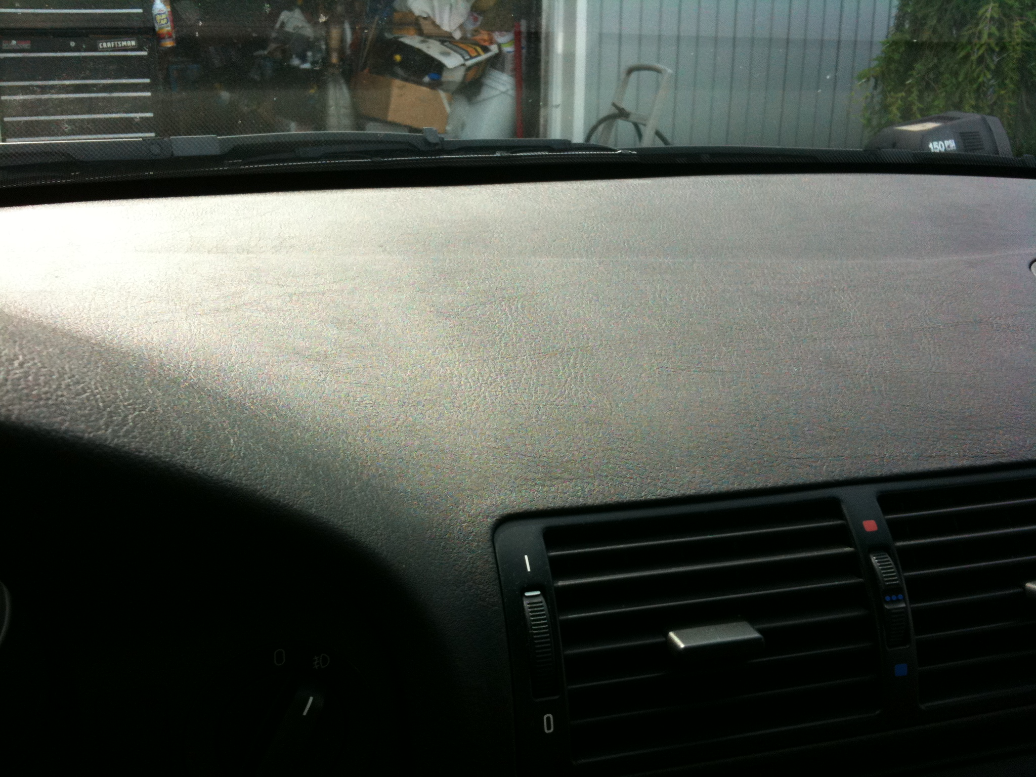 is this leather or vinyl??-img_0052.jpg