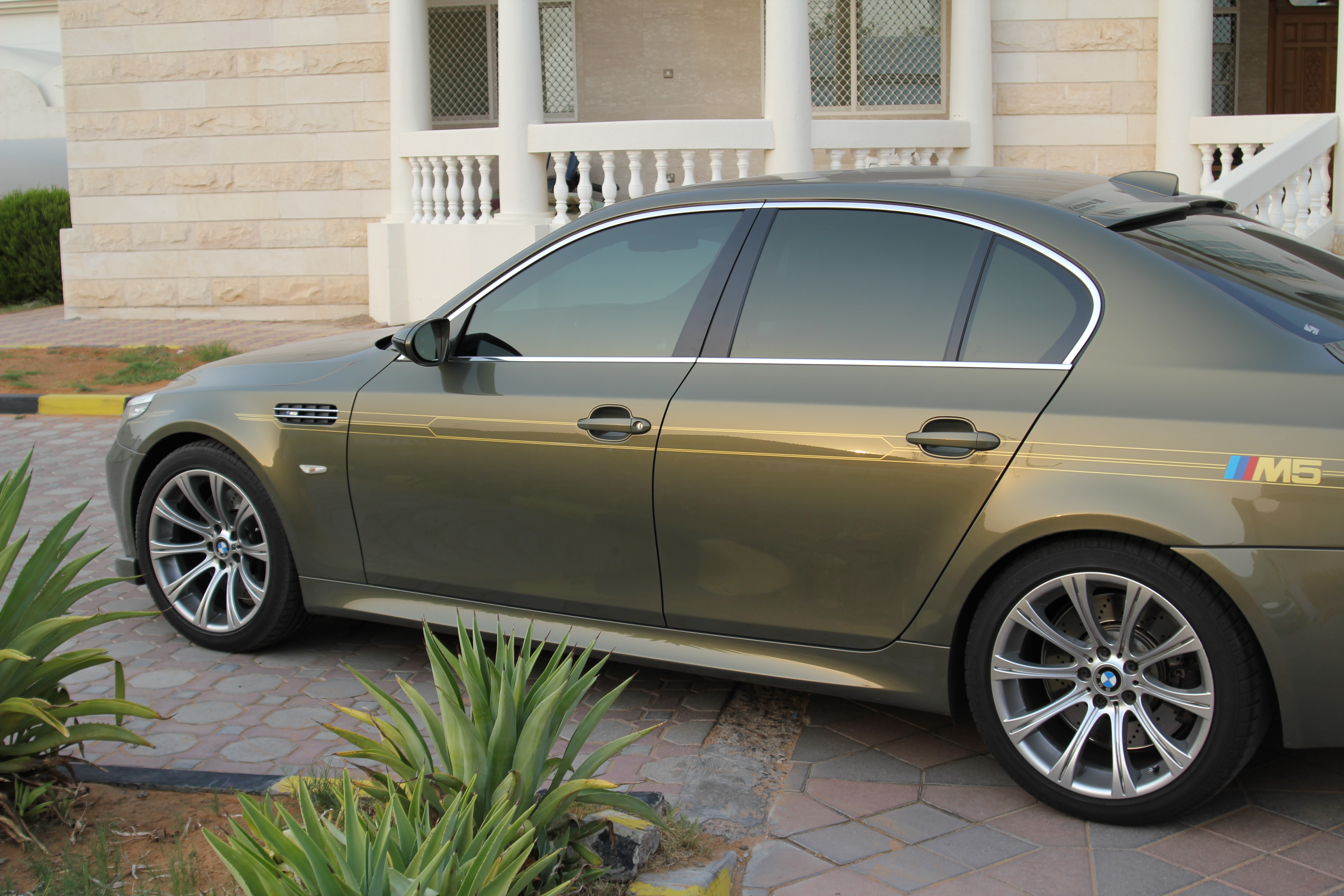 Pictures Individual Bmw M5 Messing Metallic With Bicolour Black Ecru Interiour With Ac Schnitzer Options Prerpare For A Different M5 Bmw M5 Forum And M6 Forums