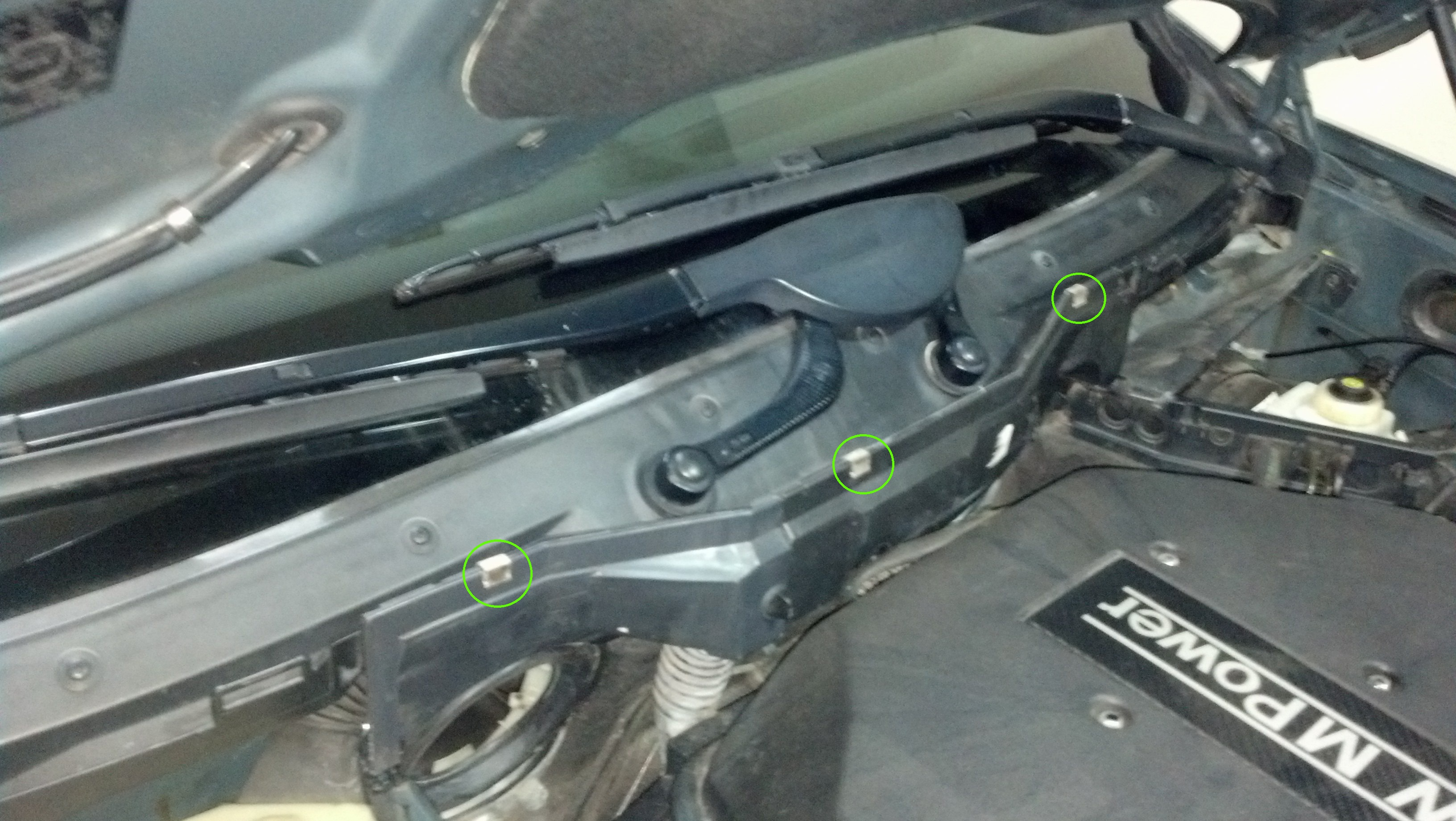 E39 - Replacement of the Left and Right Firewall Covers-img_20131130_195120_272a.jpg