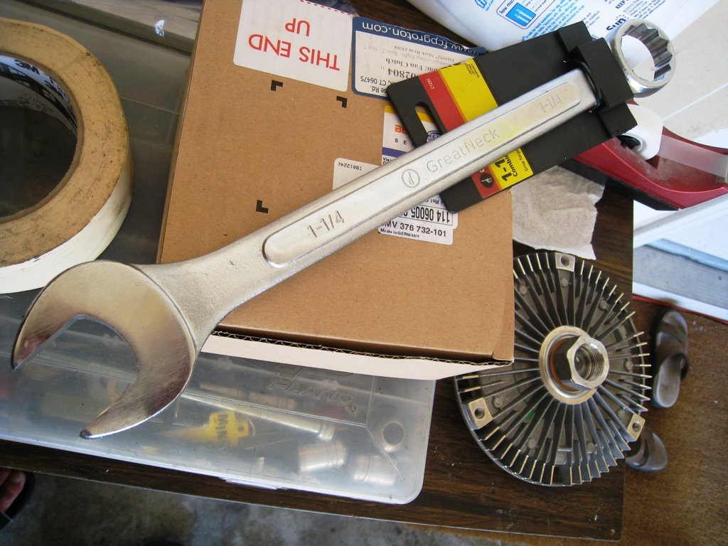 DIY: Fan clutch replacement *PICS*-img_2785.jpg