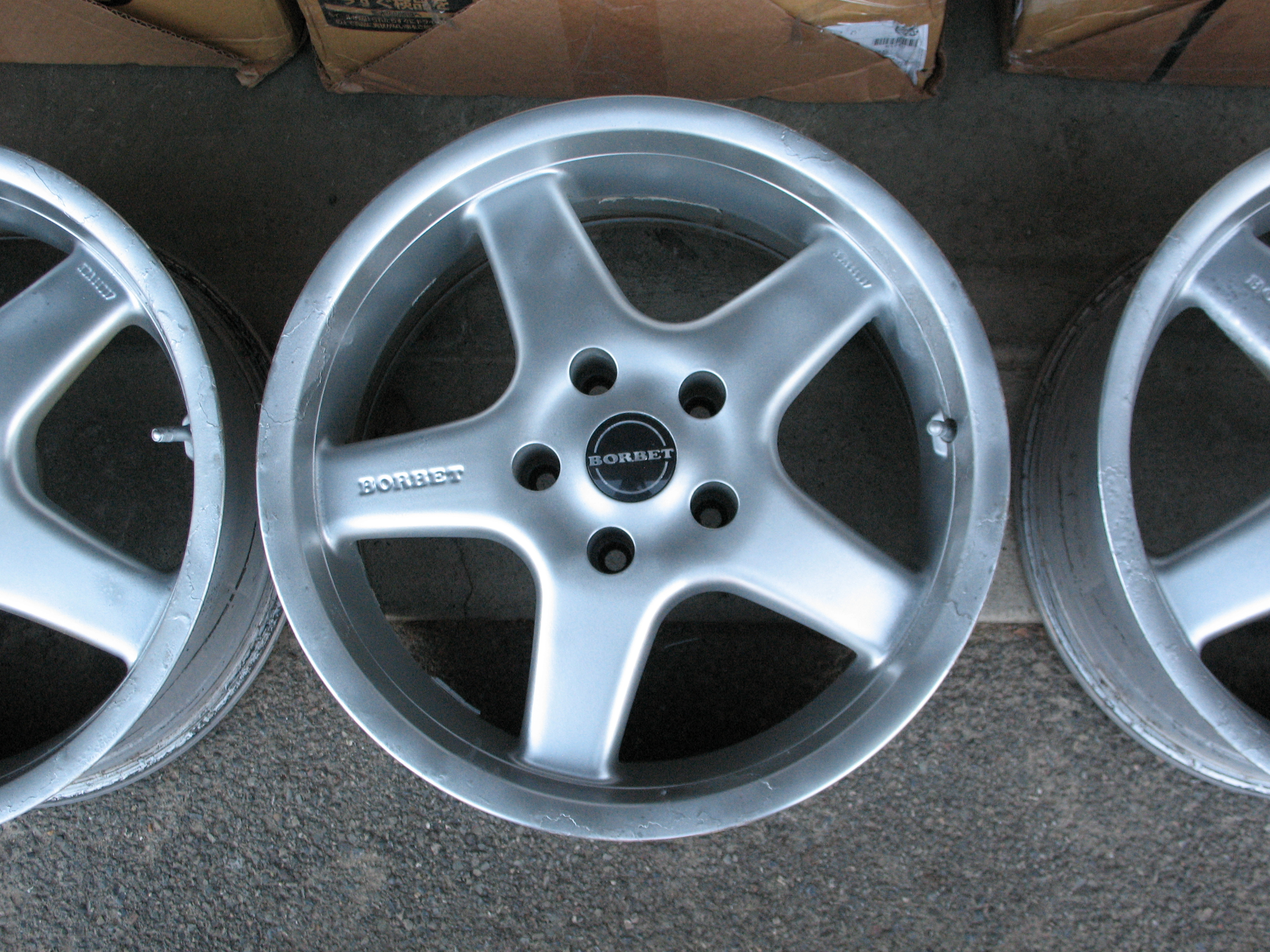 "Snows for sale - 17"" Borbet Alloy Rims for E39-img_4097.jpg"