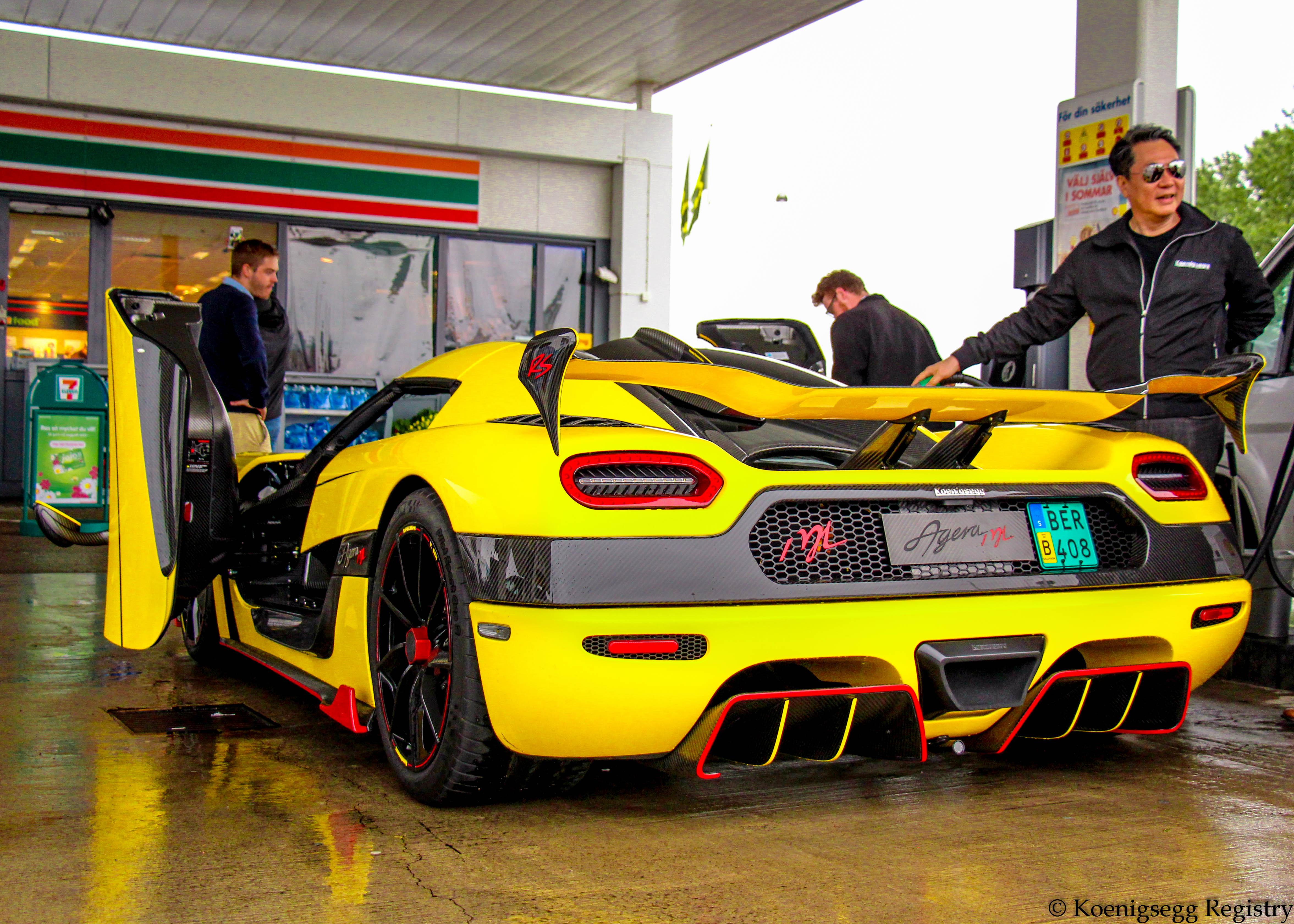 "#118 Agera RS ""ML"" - Loke Yellow w/red accents / black int. RHD-img_6129.jpg"