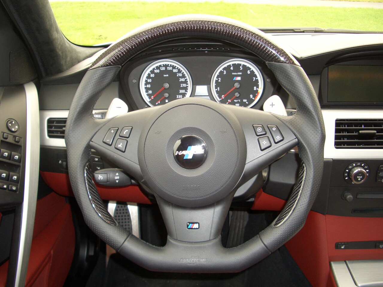 hartge steering wheel for the bmw m5 and m6 bmw m5 forum. Black Bedroom Furniture Sets. Home Design Ideas