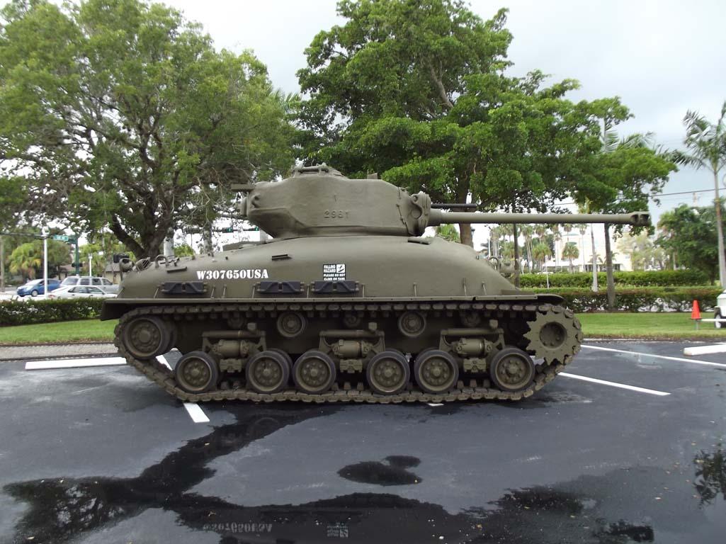 M4a3e8 Sherman Tank M4a3e8 Sherman 76mm For Sale