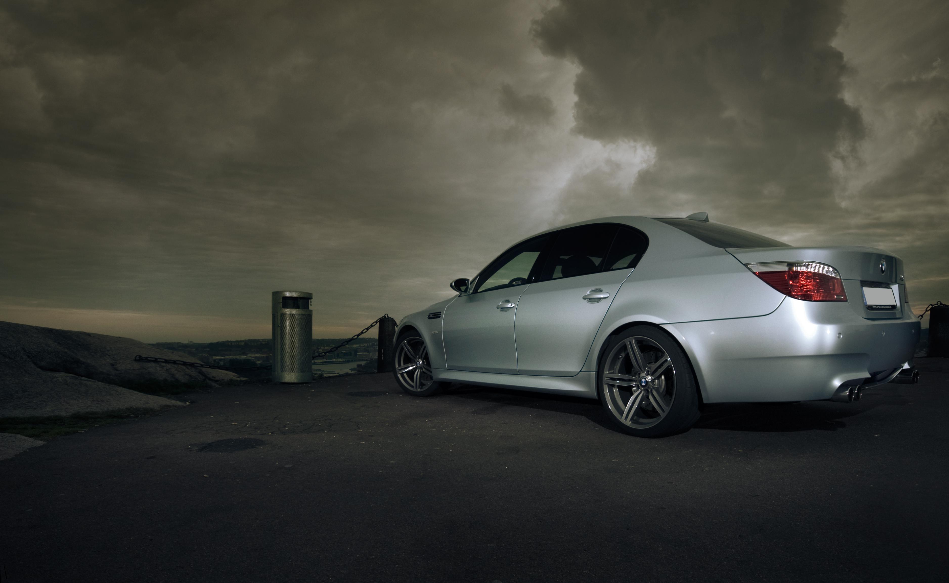 Автомобили БМВ серии М - BMW M5 Седан. .  Недосягаемый.  Bmw m5 e60 on Vossen.