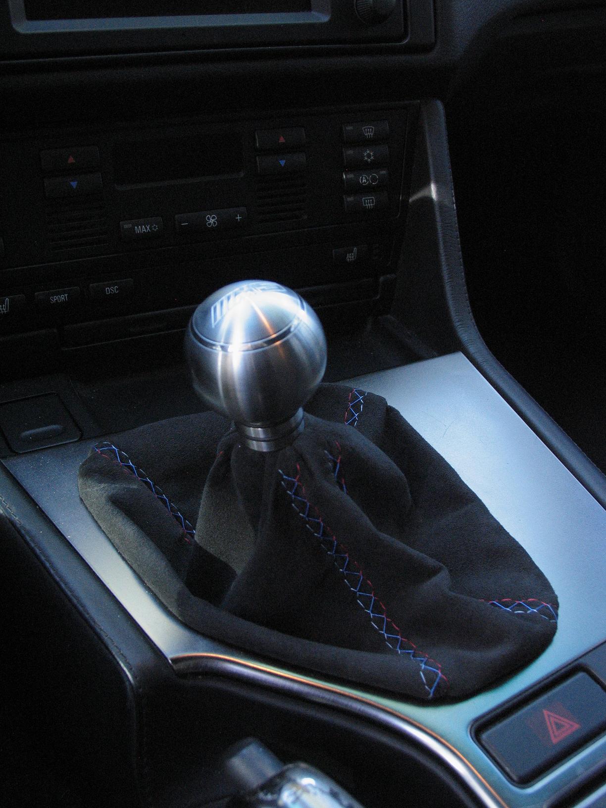 6 speed pattern E39 M5 shift knob in Aluminum-new-knob-new-boot-005.jpg