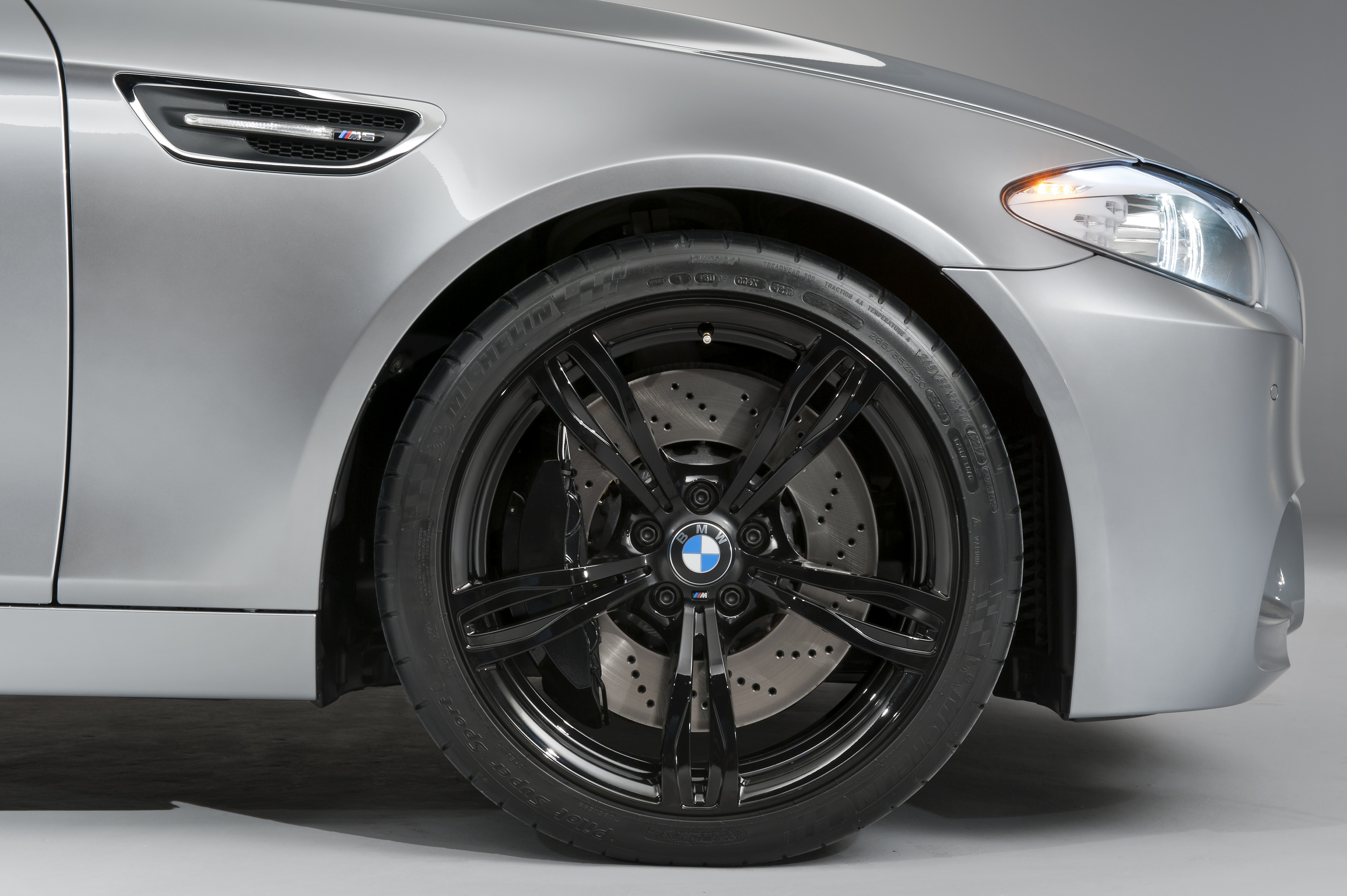 BMW M5 F10 Unveiling: revealed!-p90073825.jpg