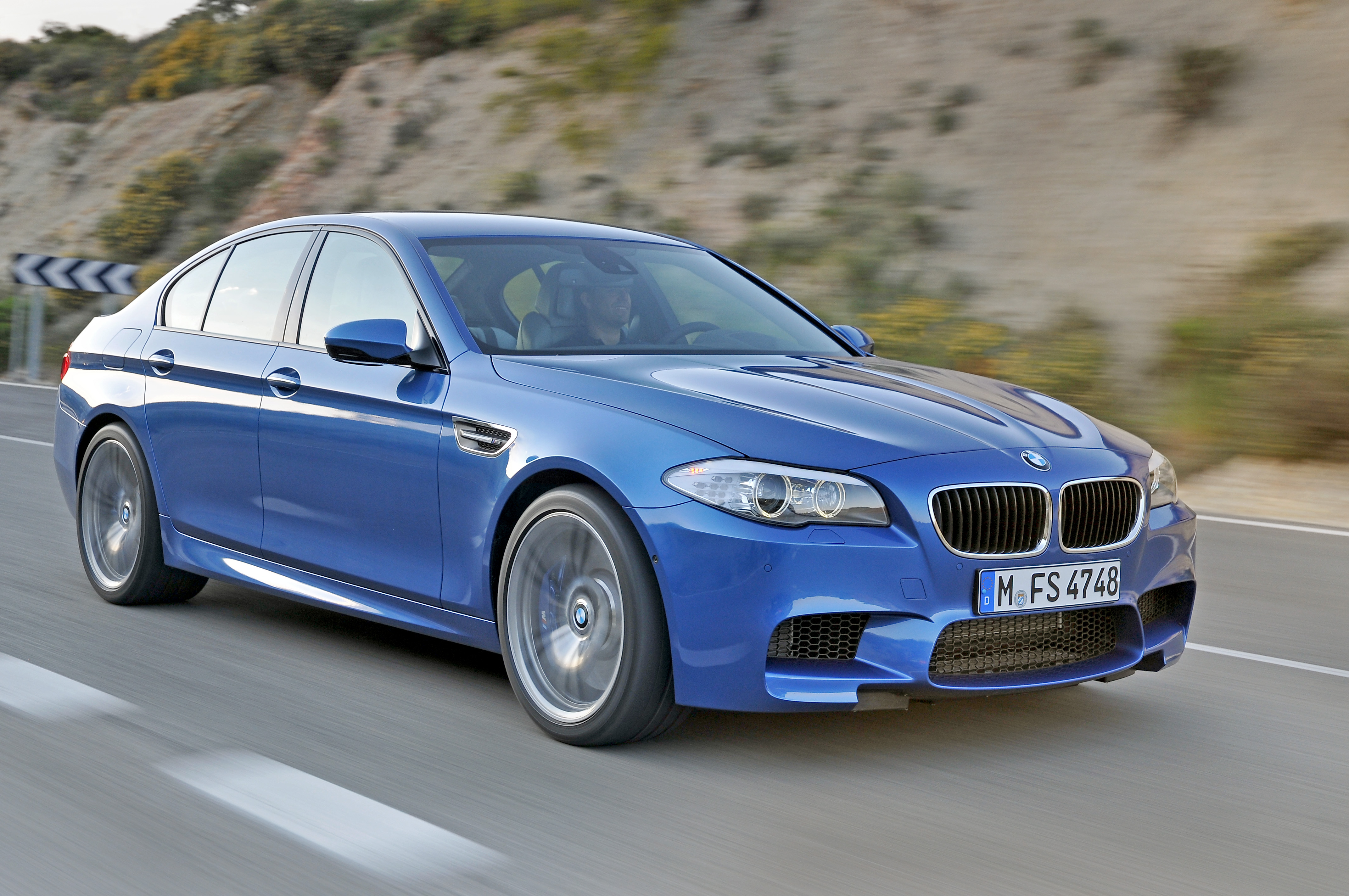 OFFICIAL BMW M5 Production pics high resolution!-p90078290.jpg