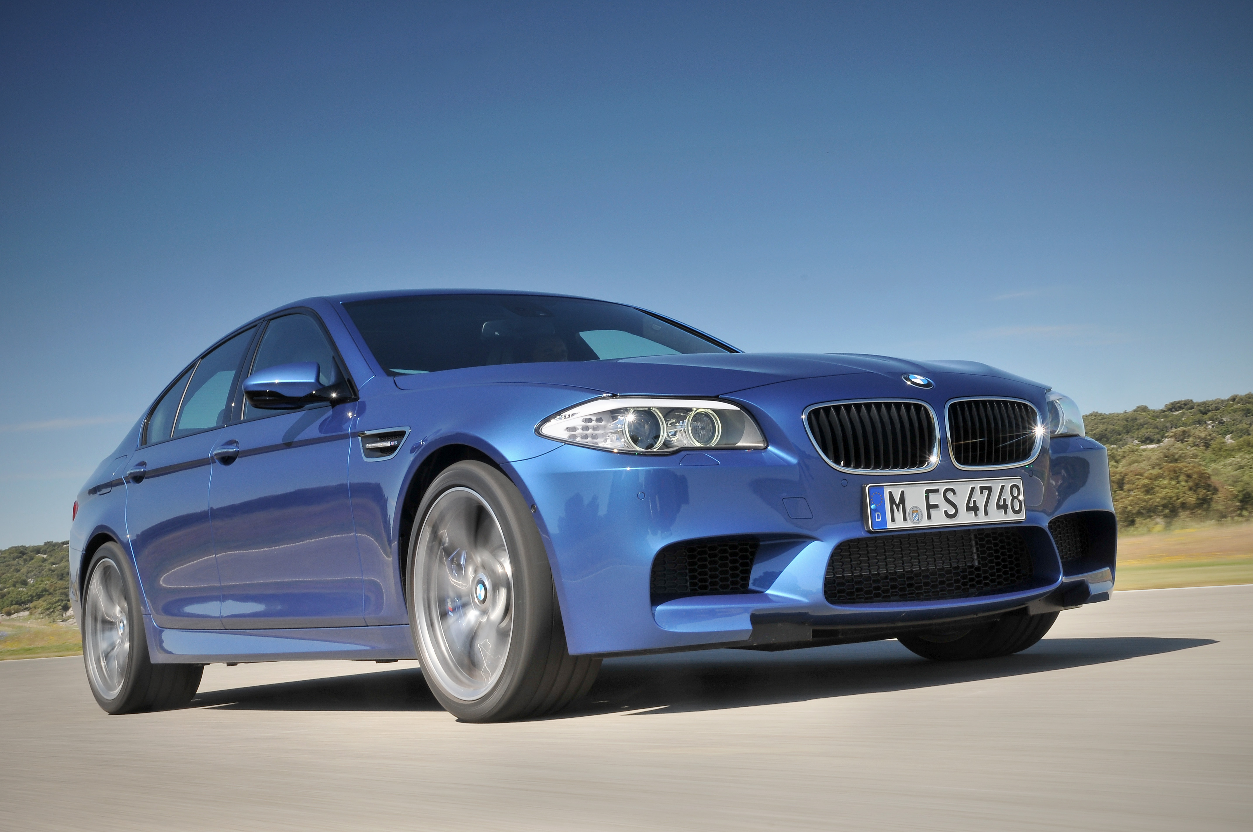 OFFICIAL BMW M5 Production pics high resolution!-p90078303.jpg