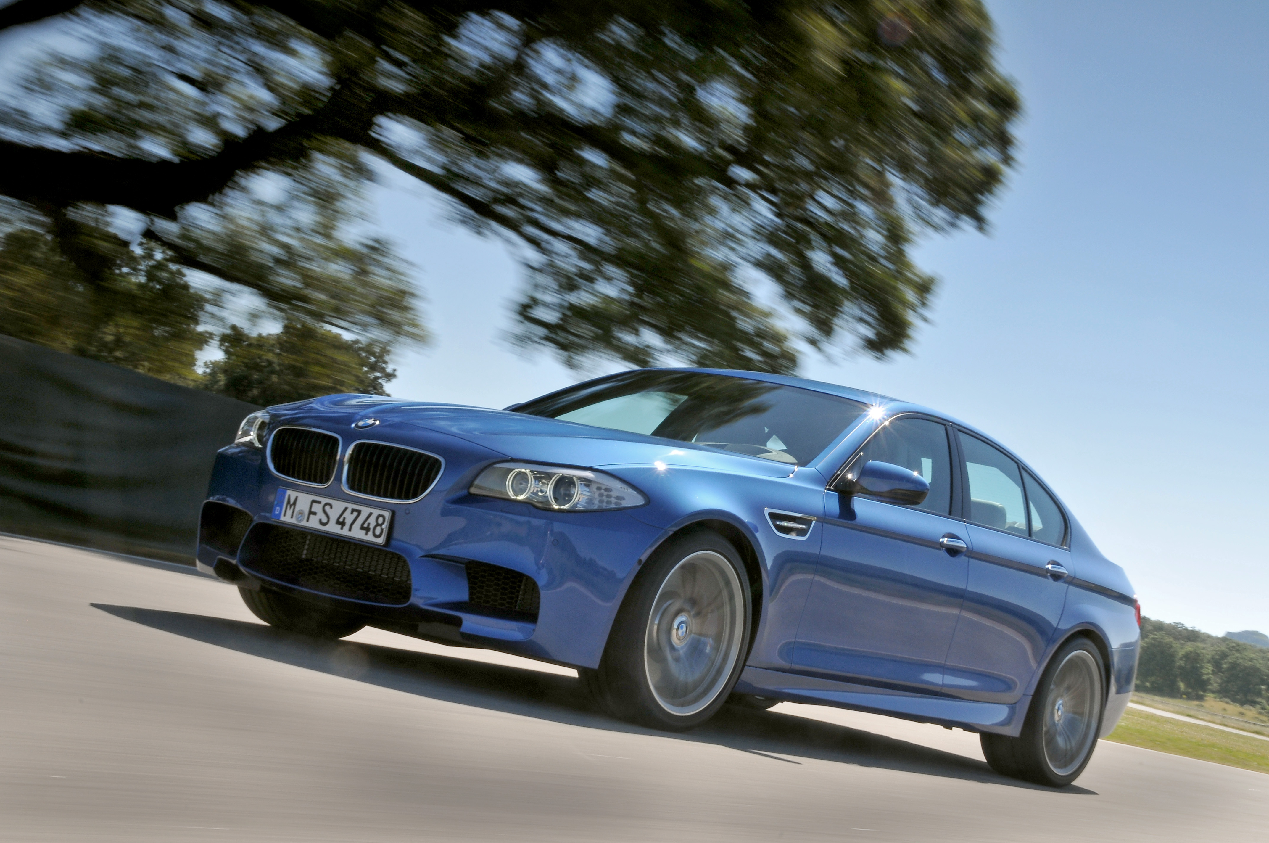 OFFICIAL BMW M5 Production pics high resolution!-p90078305.jpg