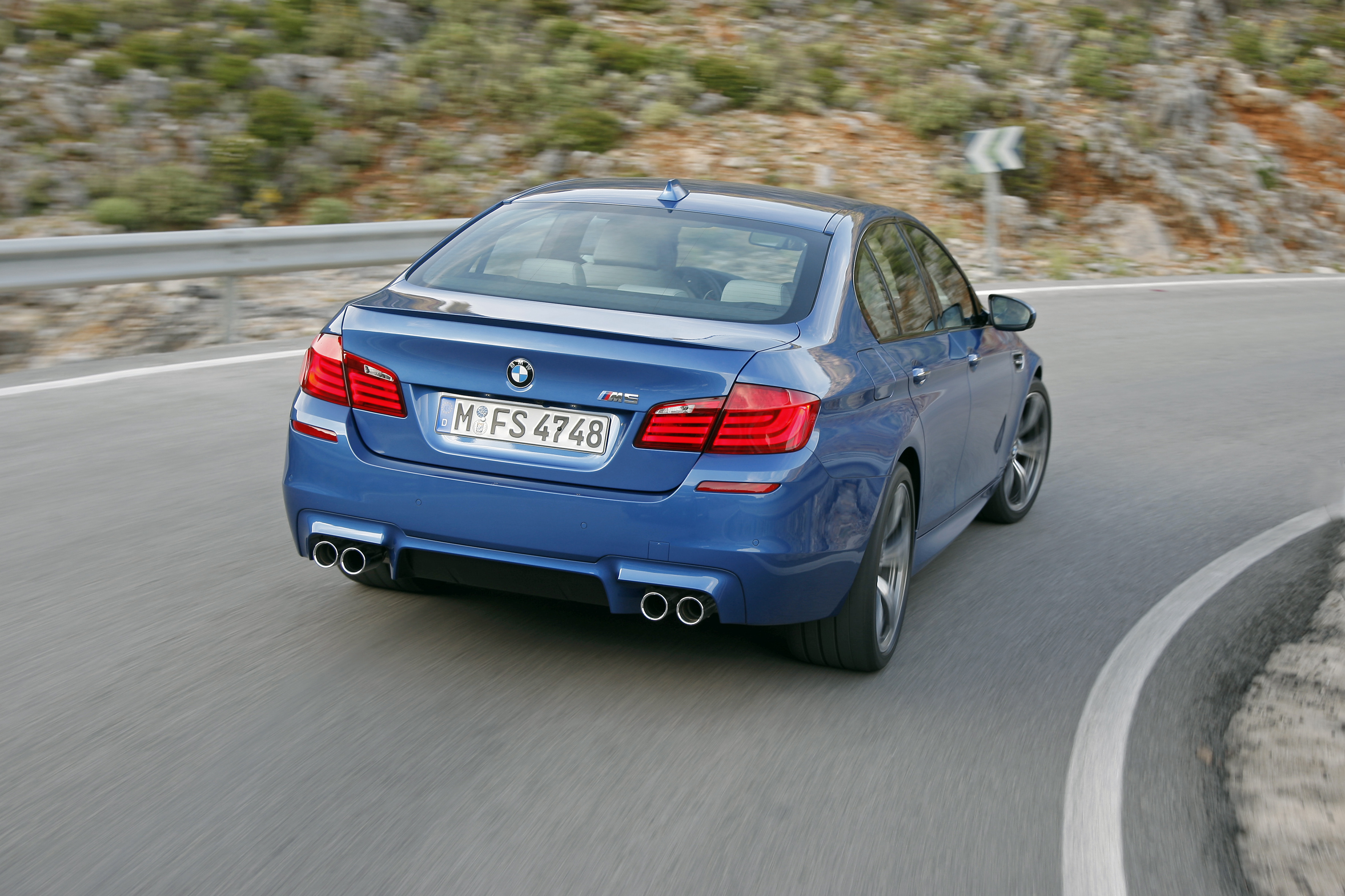 OFFICIAL BMW M5 Production pics high resolution!-p90078308.jpg