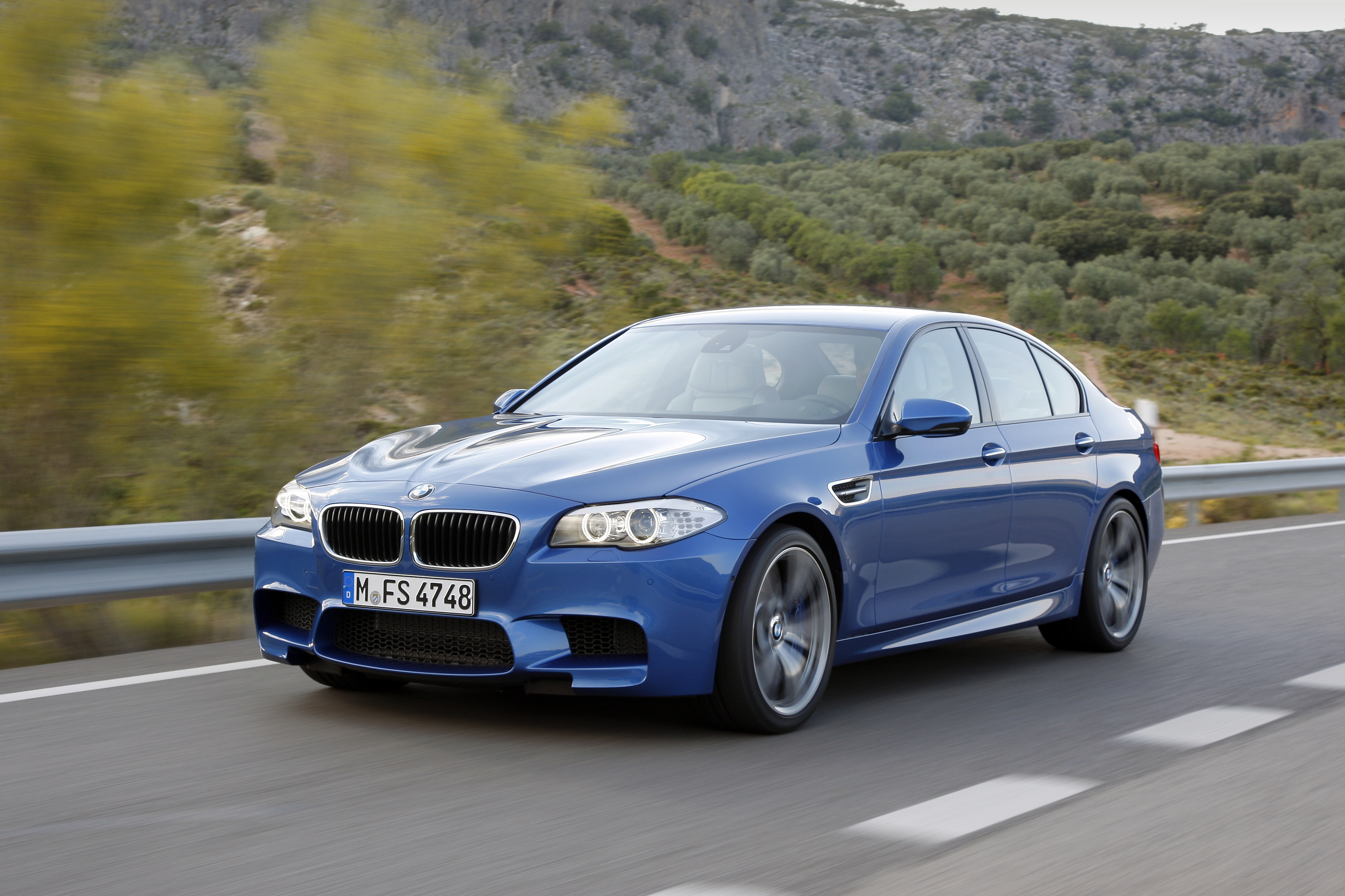 OFFICIAL BMW M5 Production pics high resolution!-p90078322.jpg