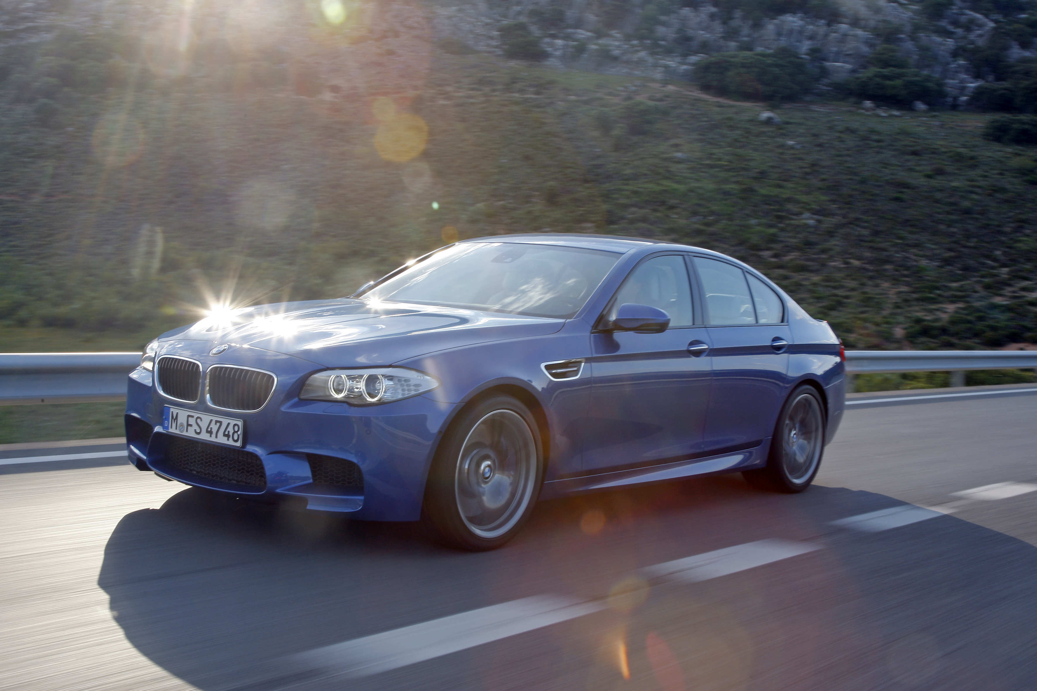 OFFICIAL BMW M5 Production pics high resolution!-p90078324.jpg