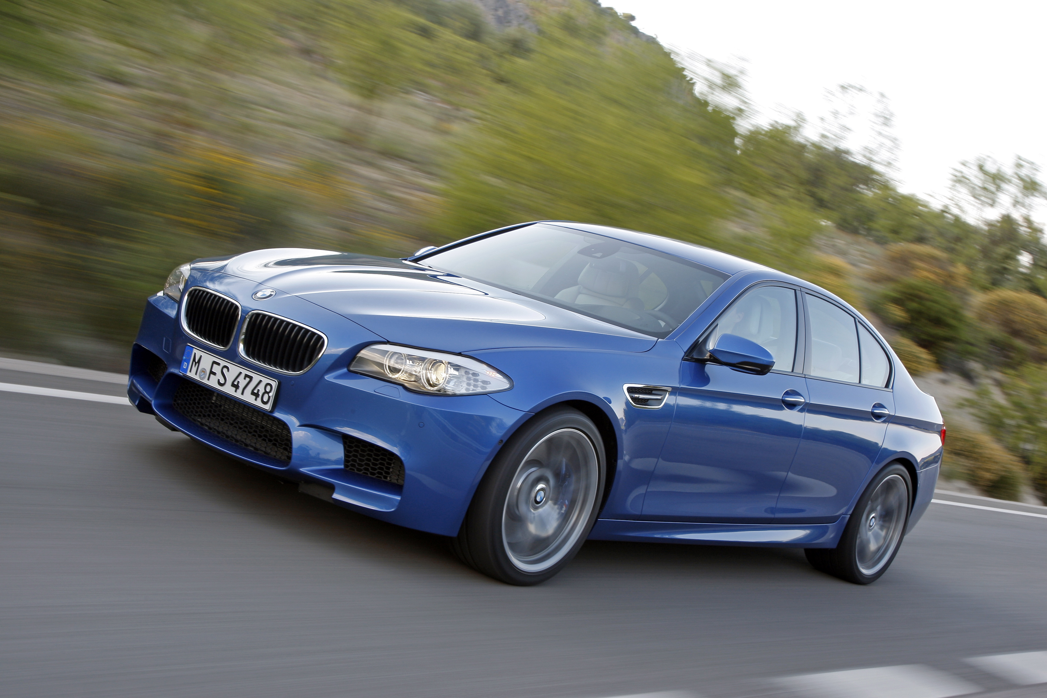 OFFICIAL BMW M5 Production pics high resolution!-p90078326.jpg