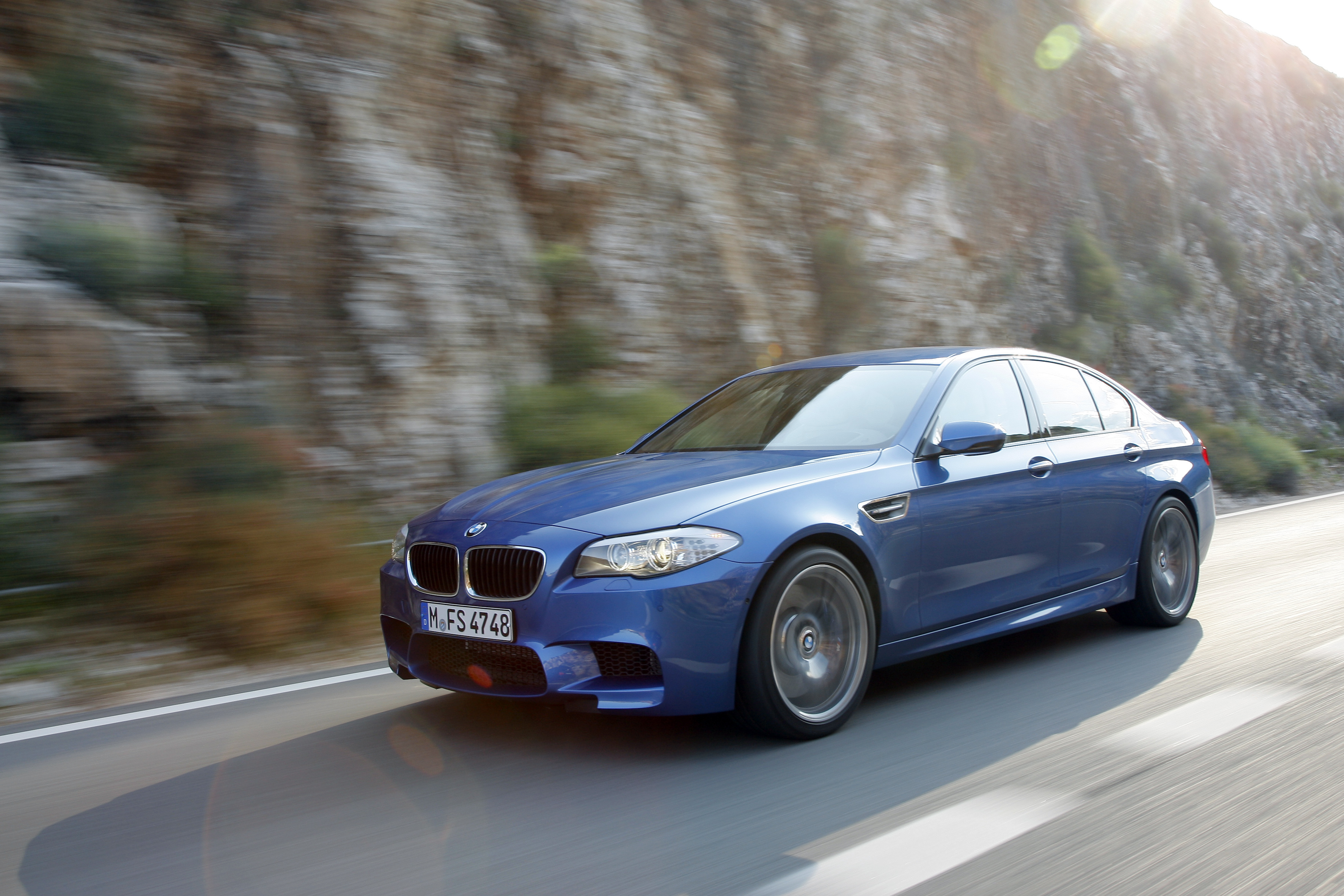OFFICIAL BMW M5 Production pics high resolution!-p90078327.jpg