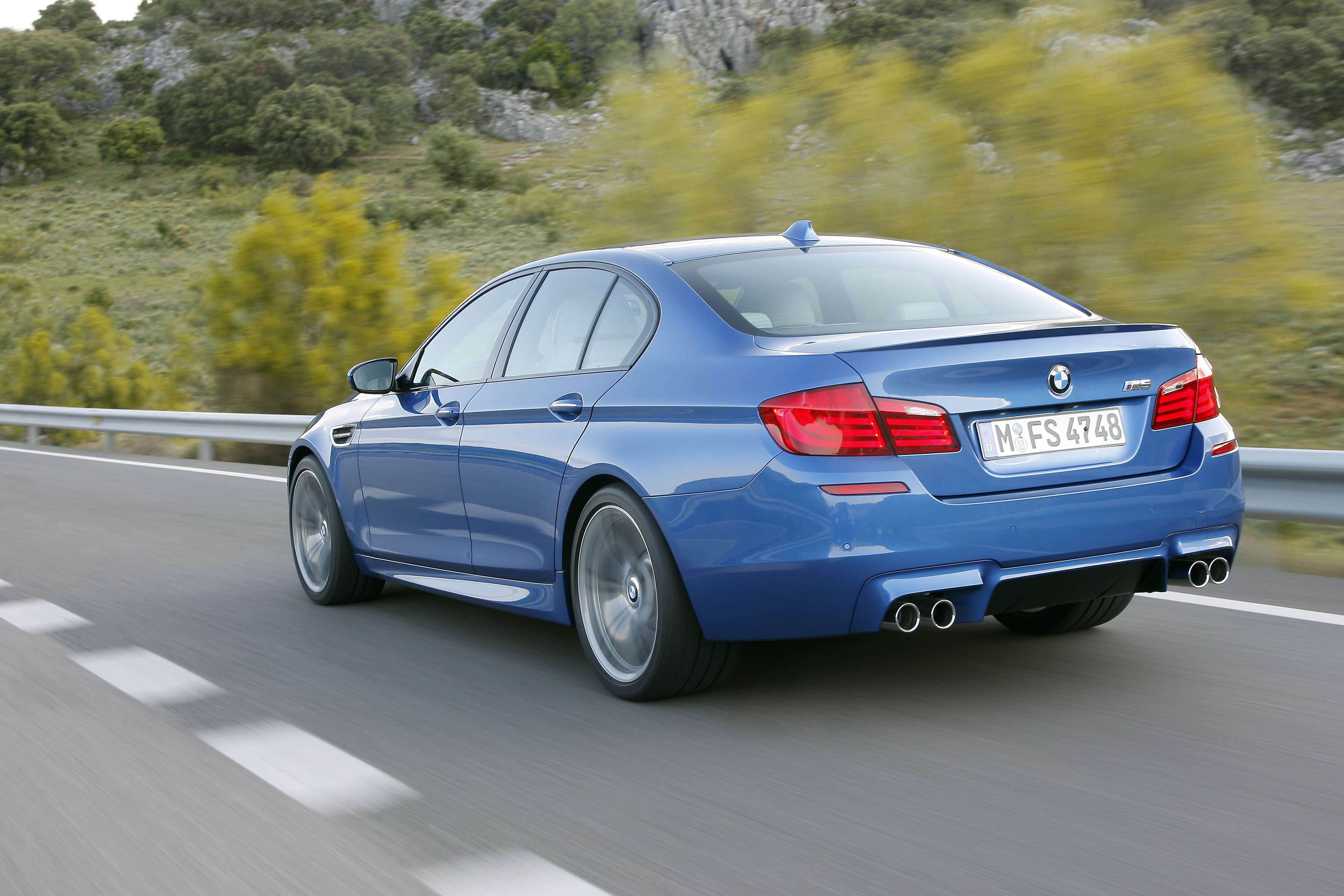 OFFICIAL BMW M5 Production pics high resolution!-p90078330.jpg