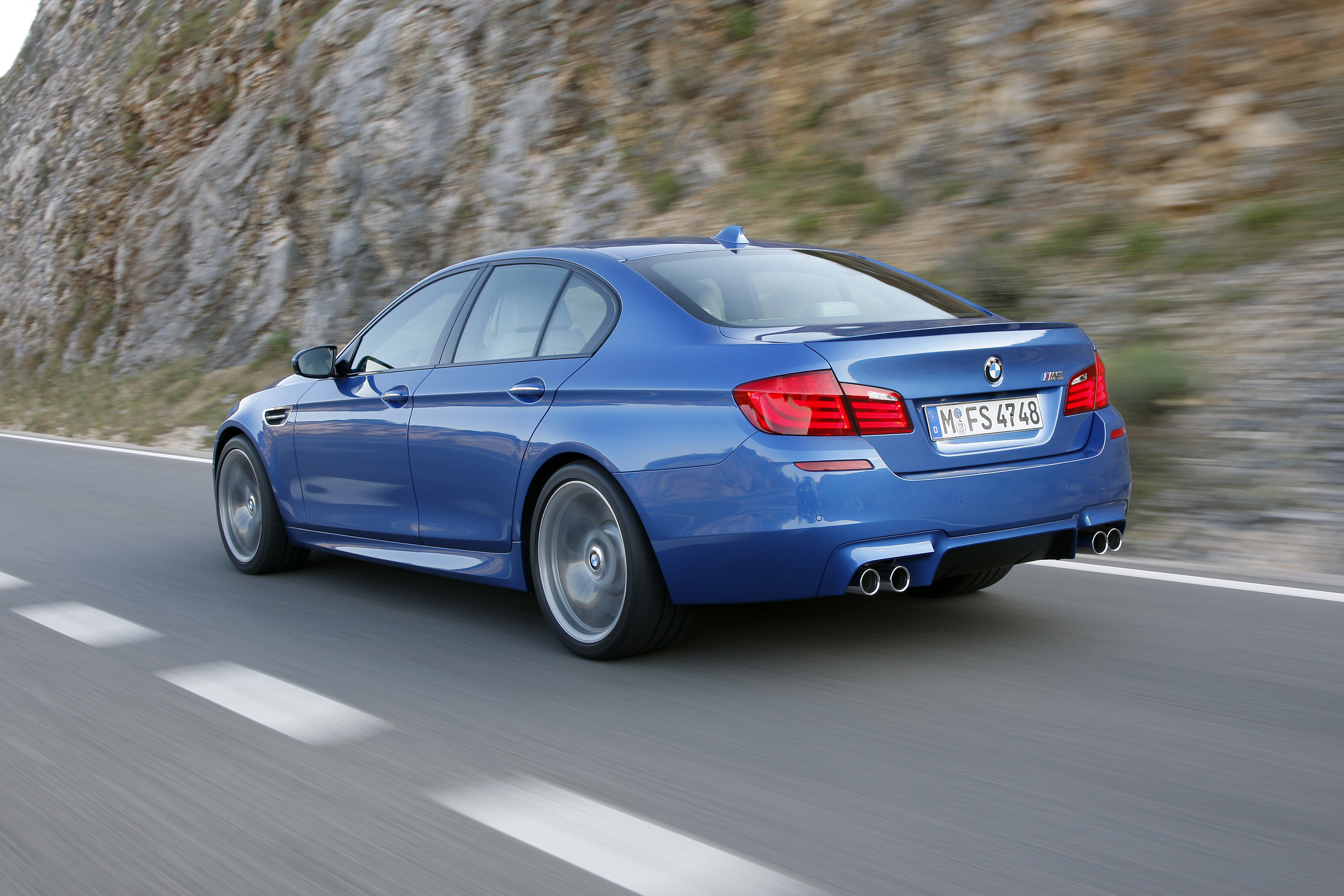 OFFICIAL BMW M5 Production pics high resolution!-p90078340.jpg