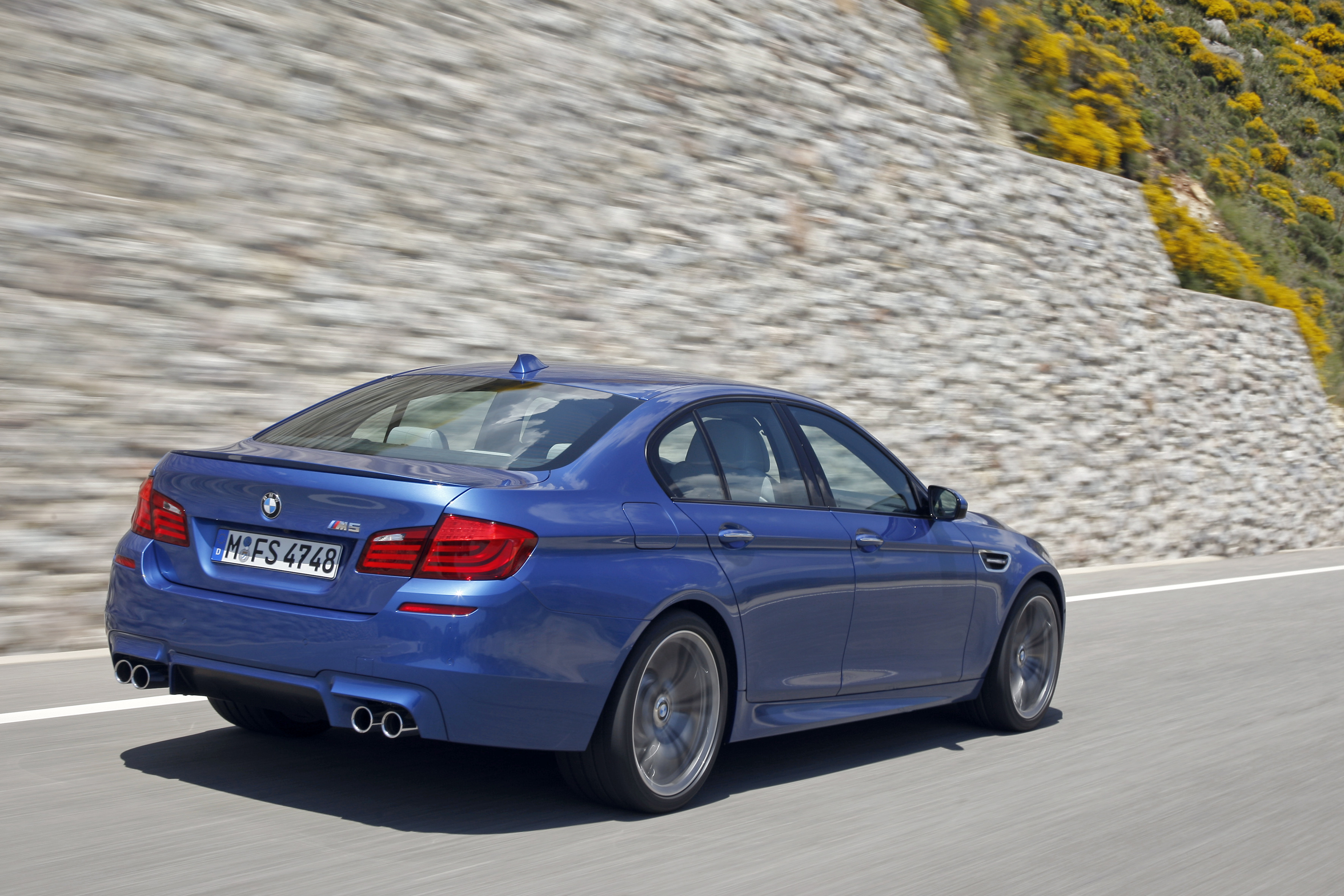OFFICIAL BMW M5 Production pics high resolution!-p90078344.jpg