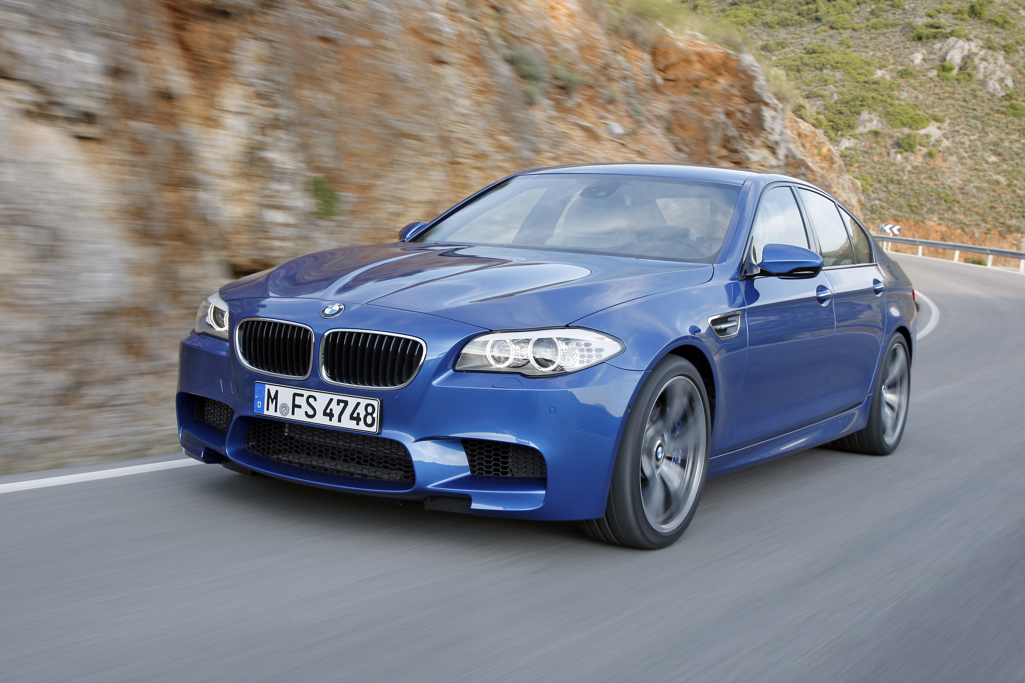 OFFICIAL BMW M5 Production pics high resolution!-p90078353.jpg