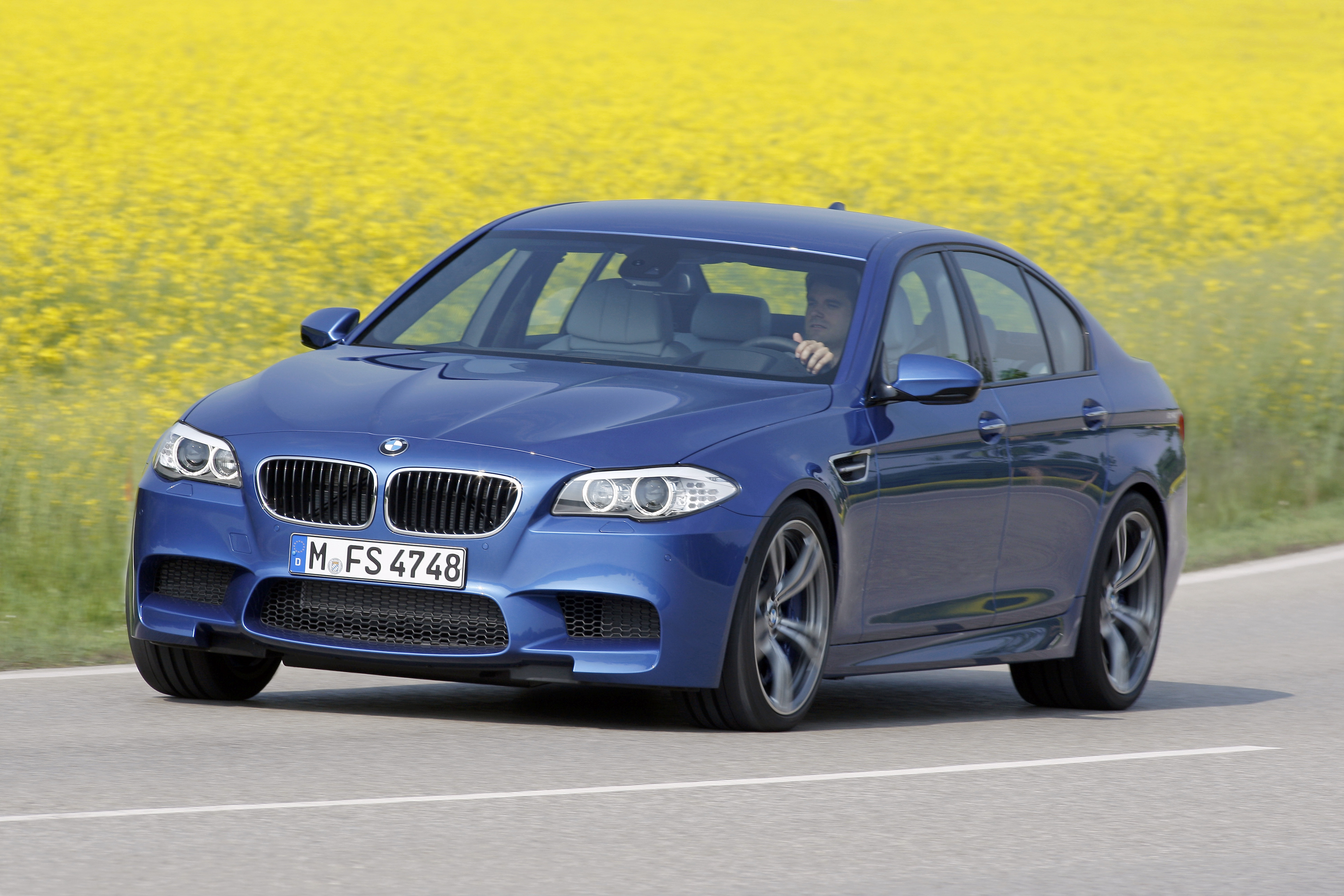 OFFICIAL BMW M5 Production pics high resolution!-p90078371.jpg