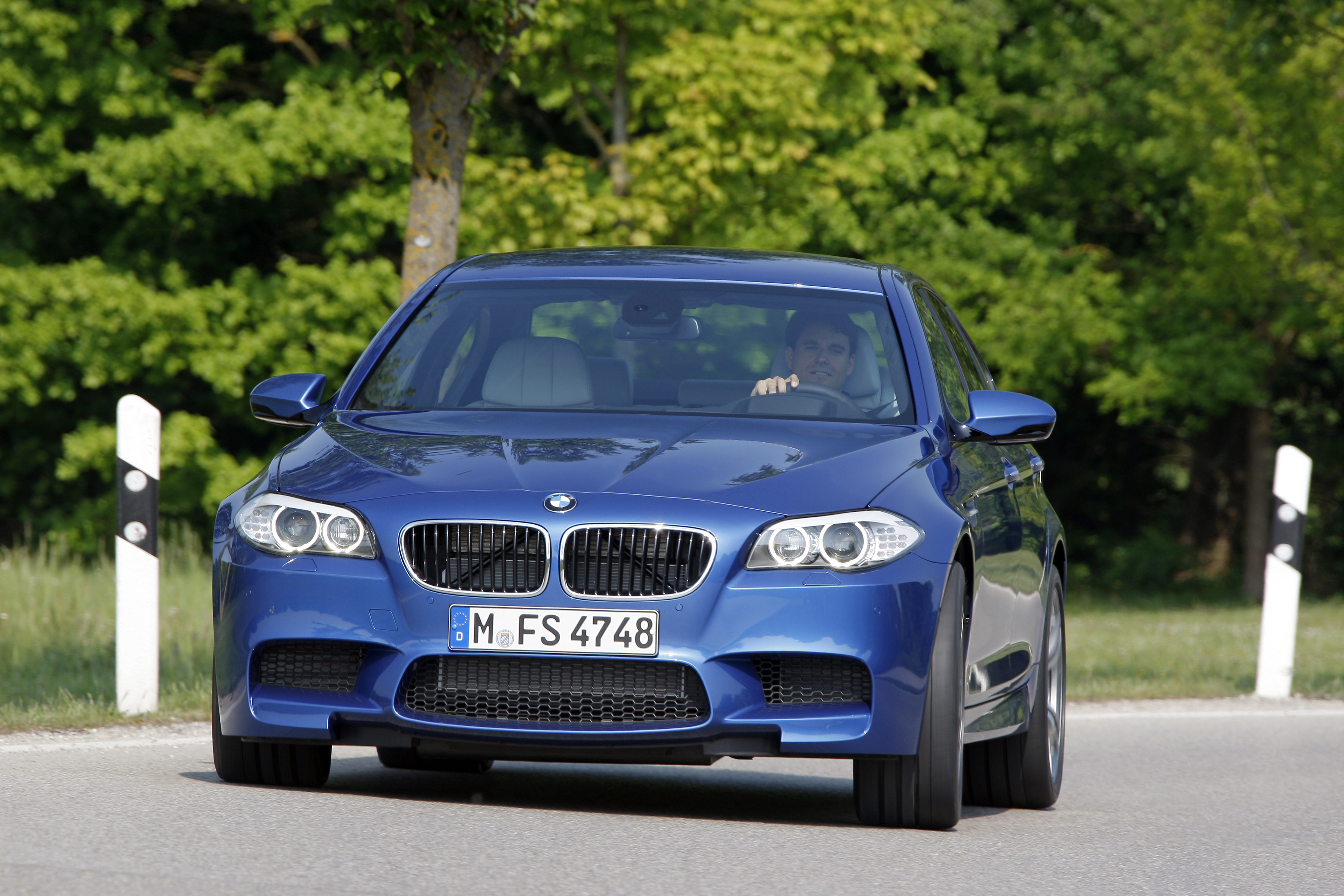 OFFICIAL BMW M5 Production pics high resolution!-p90078372.jpg
