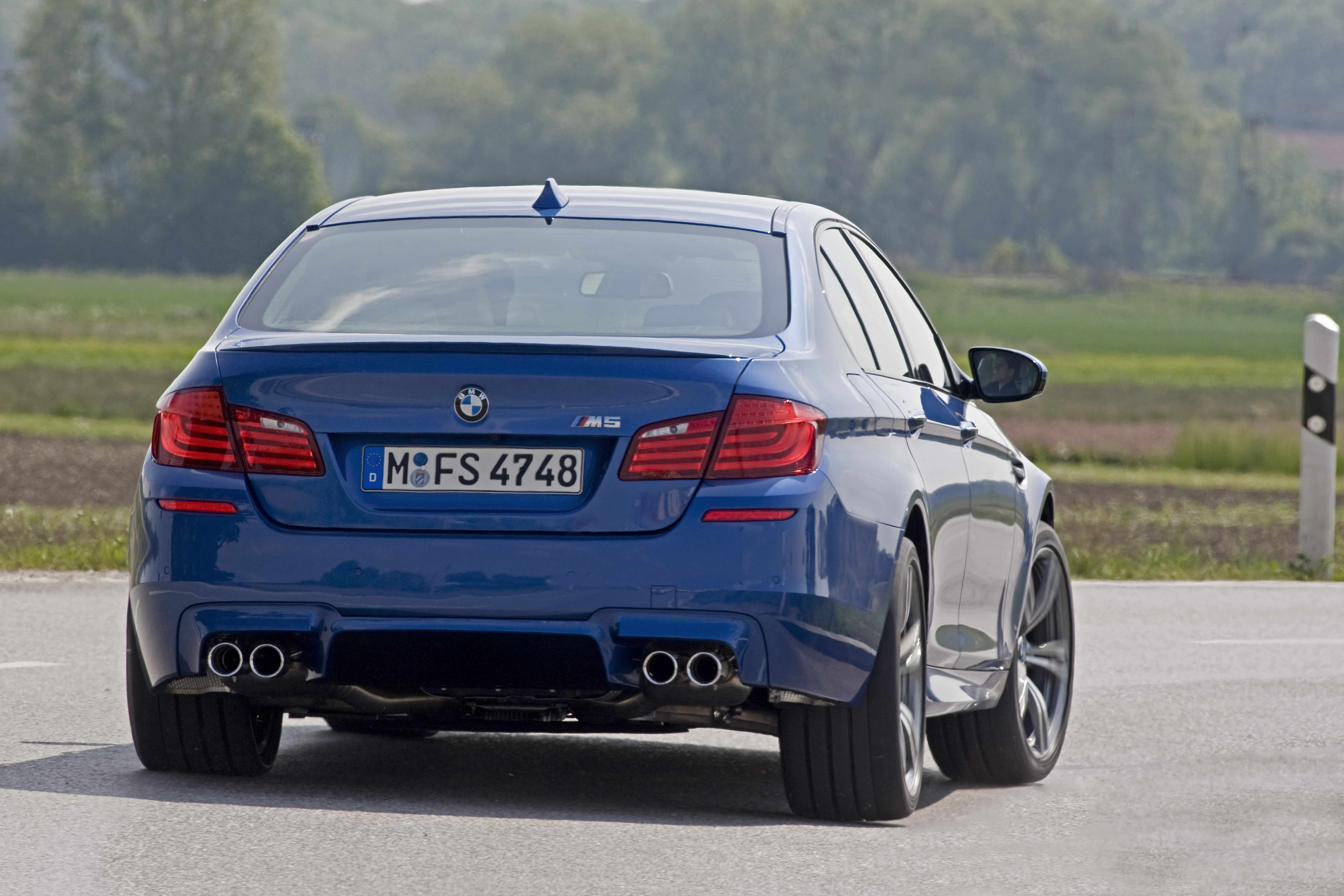 OFFICIAL BMW M5 Production pics high resolution!-p90078380.jpg