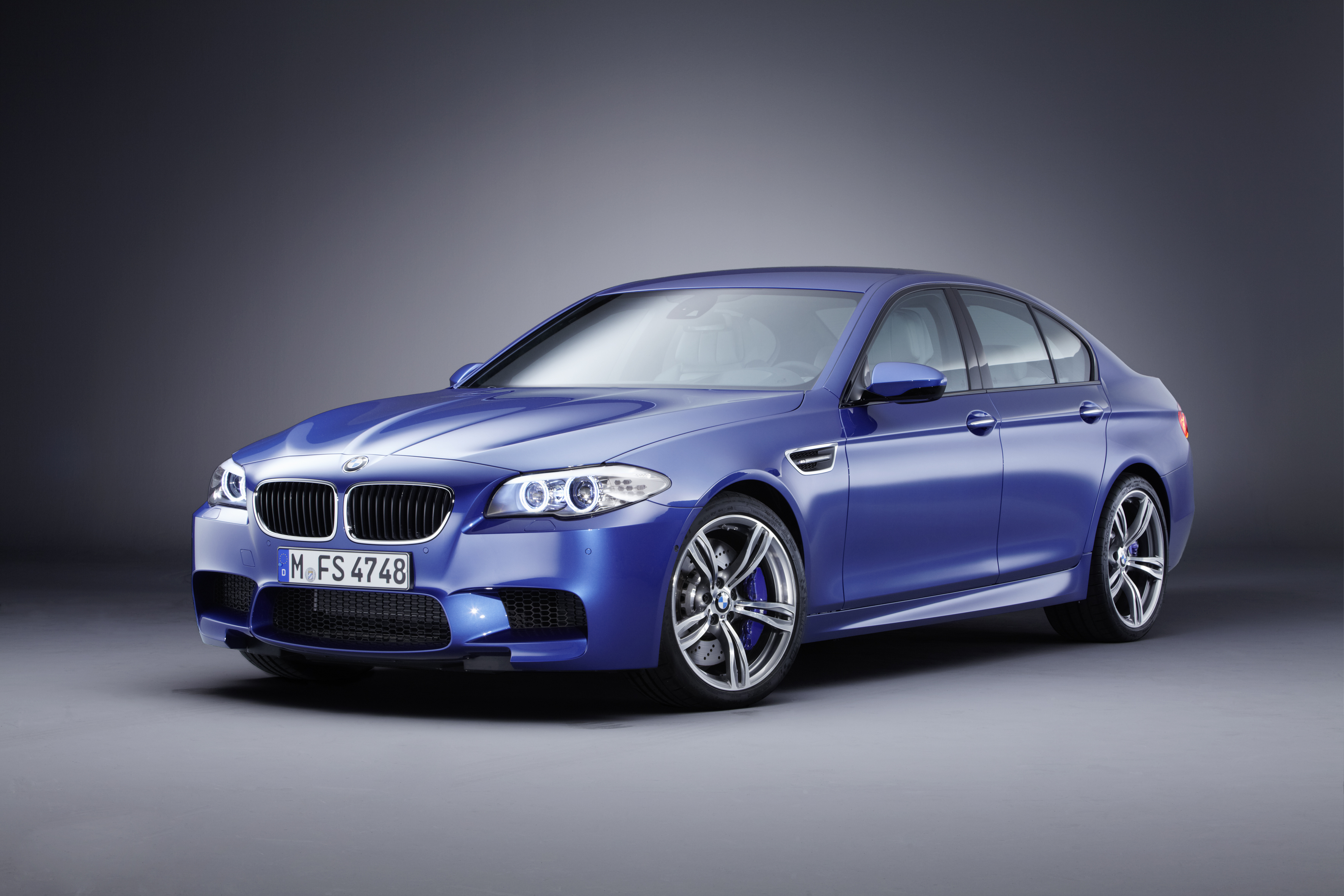 OFFICIAL BMW M5 Production pics high resolution!-p90078385.jpg