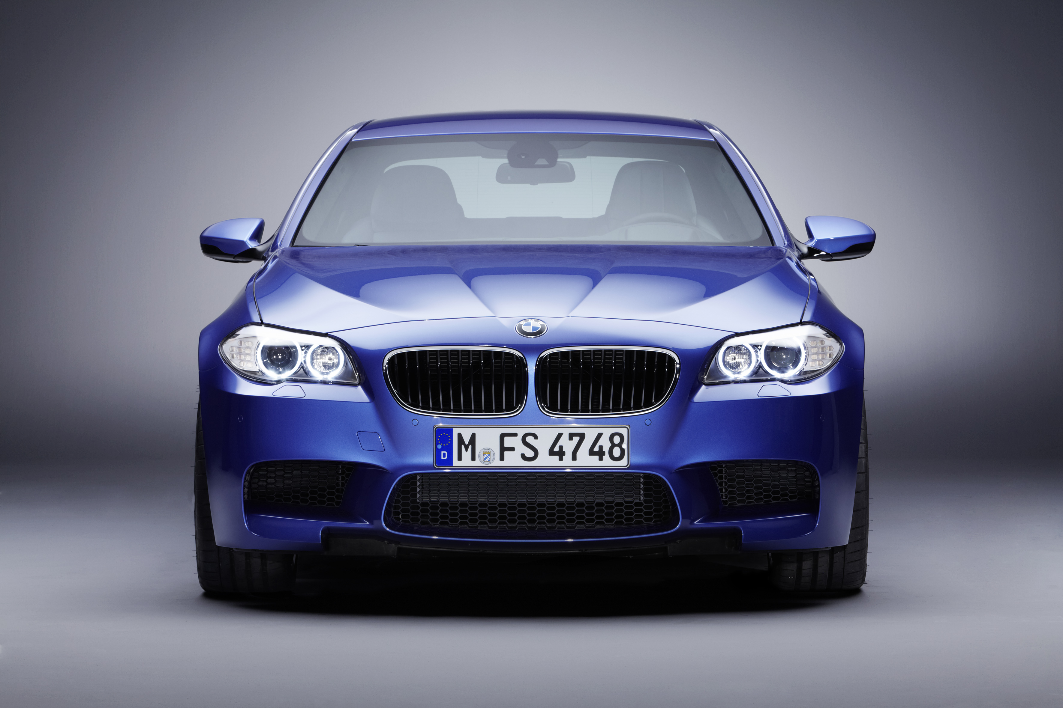 OFFICIAL BMW M5 Production pics high resolution!-p90078392.jpg