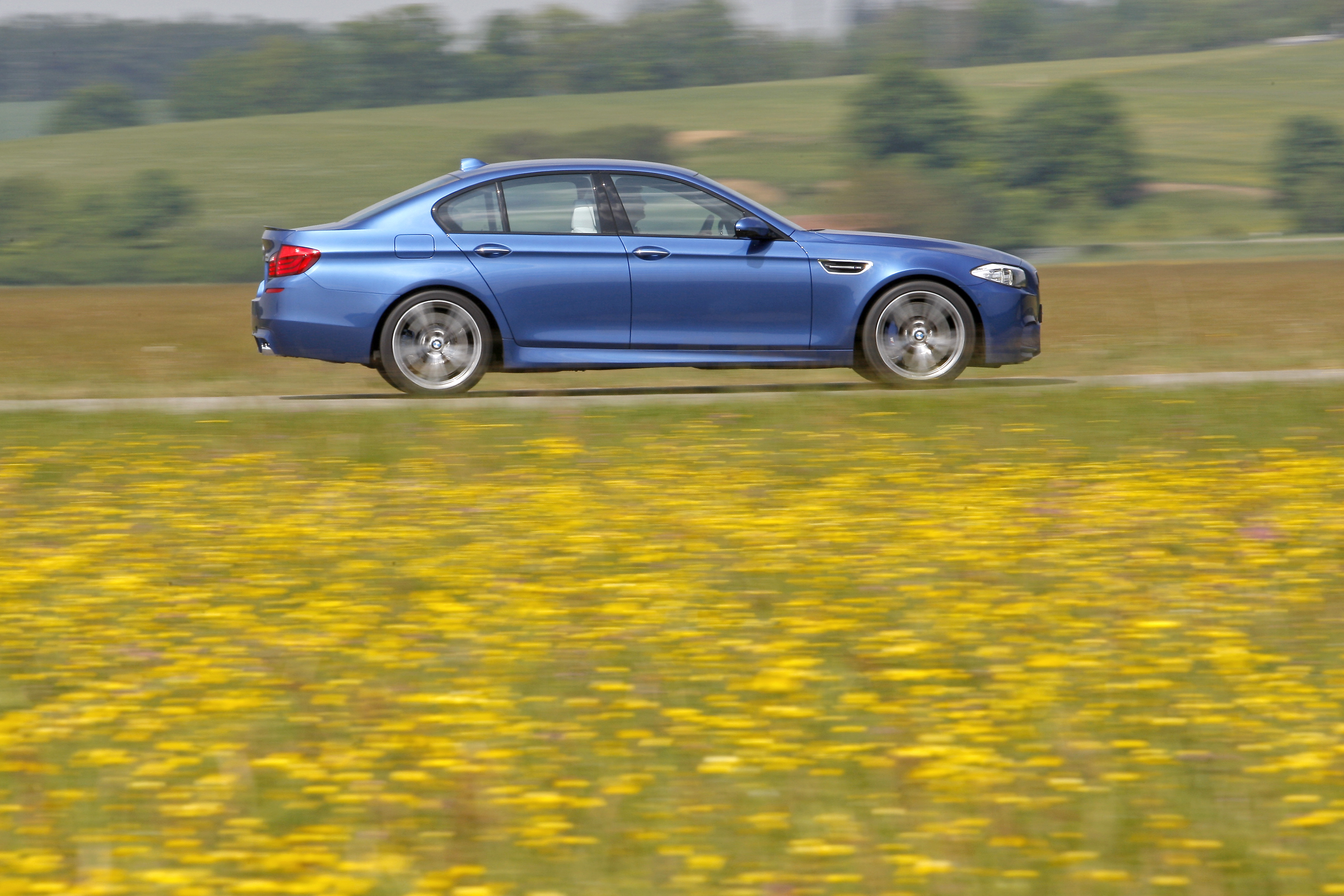OFFICIAL BMW M5 Production pics high resolution!-p90078424.jpg