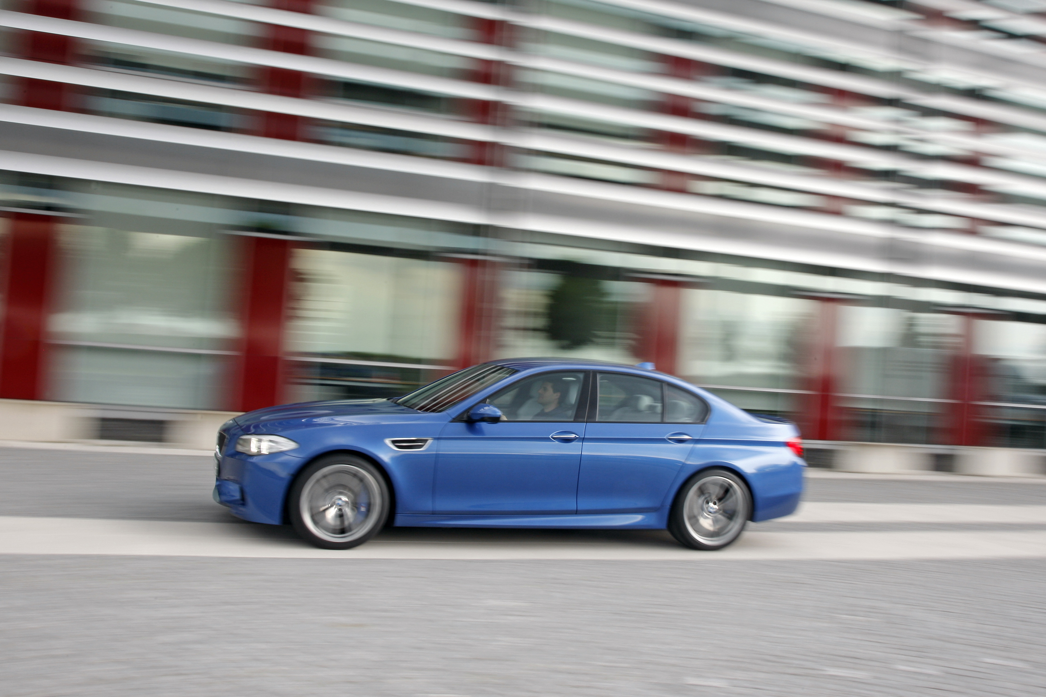 OFFICIAL BMW M5 Production pics high resolution!-p90078426.jpg